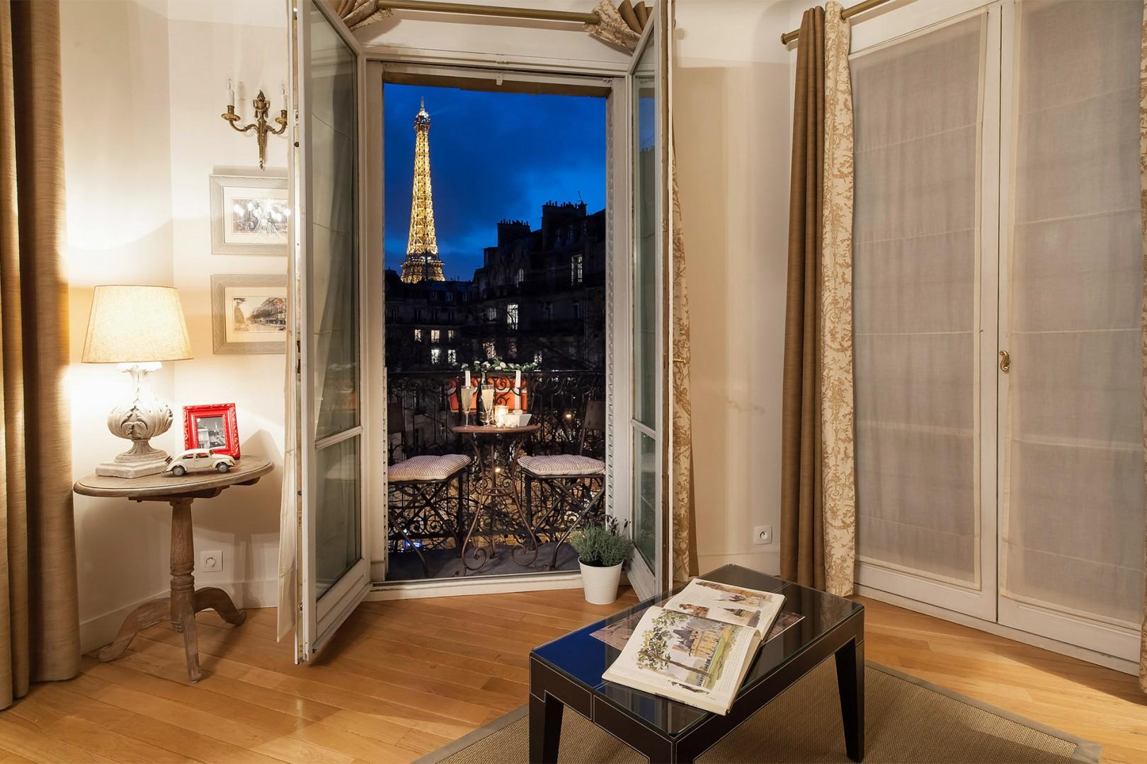 Enjoy direct views of the Eiffel Tower from the sitting room.