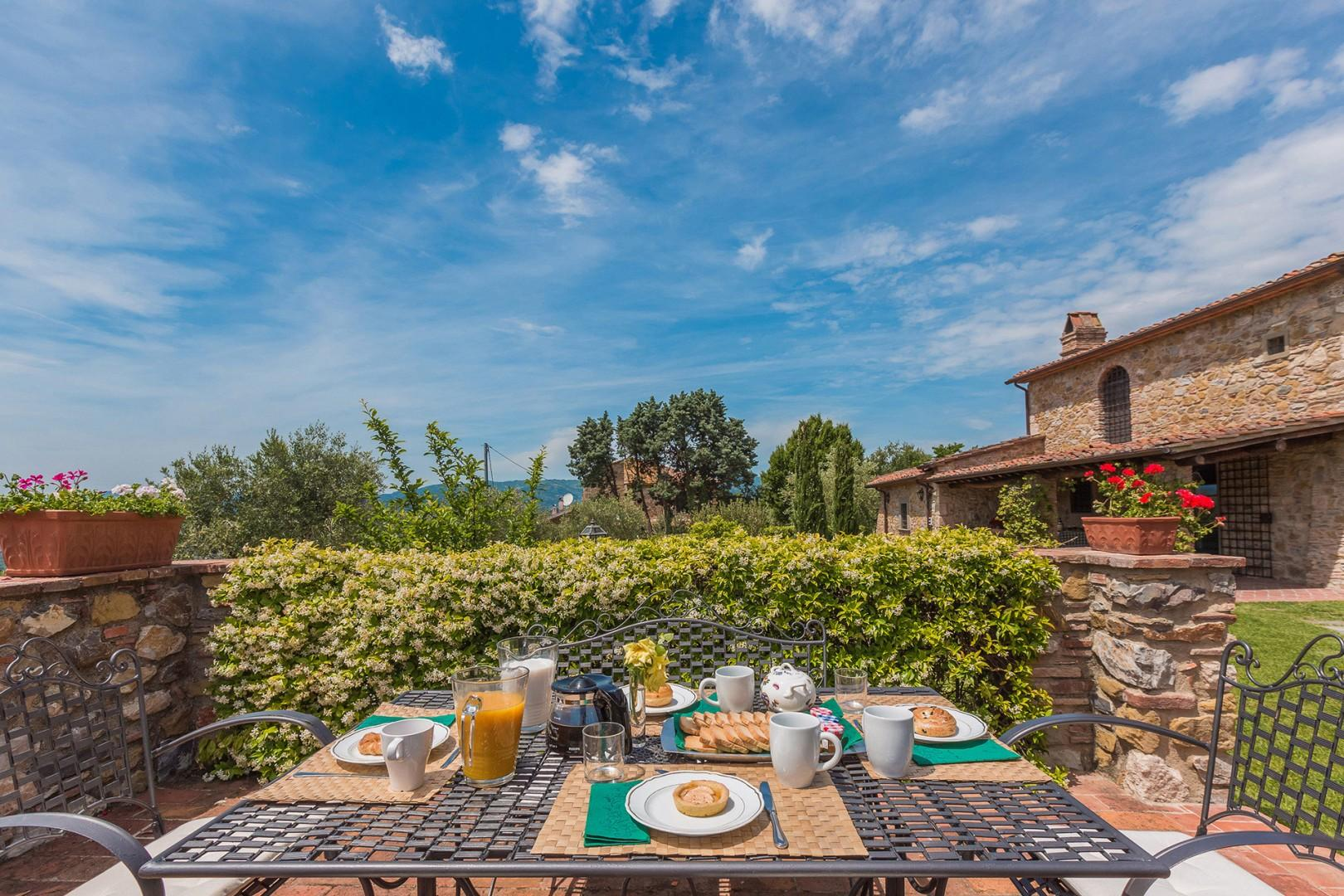 Imagine your morning coffee in this verdant setting.