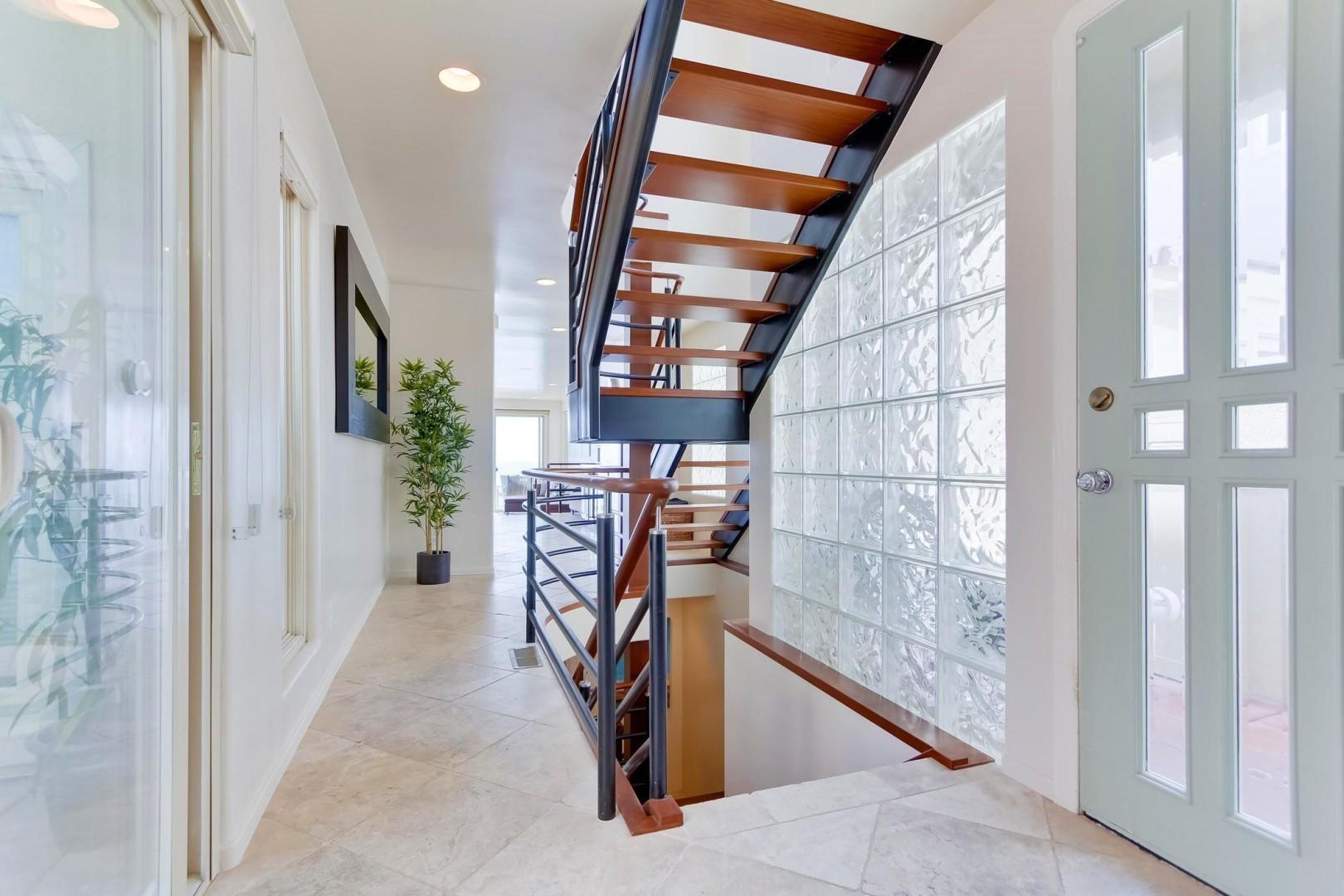 Stairway to sleeping rooms