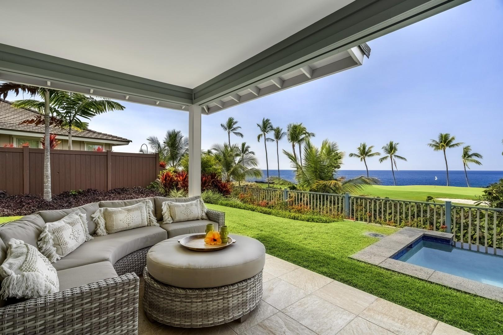 Comfortable outdoor seating to watch the ocean activity