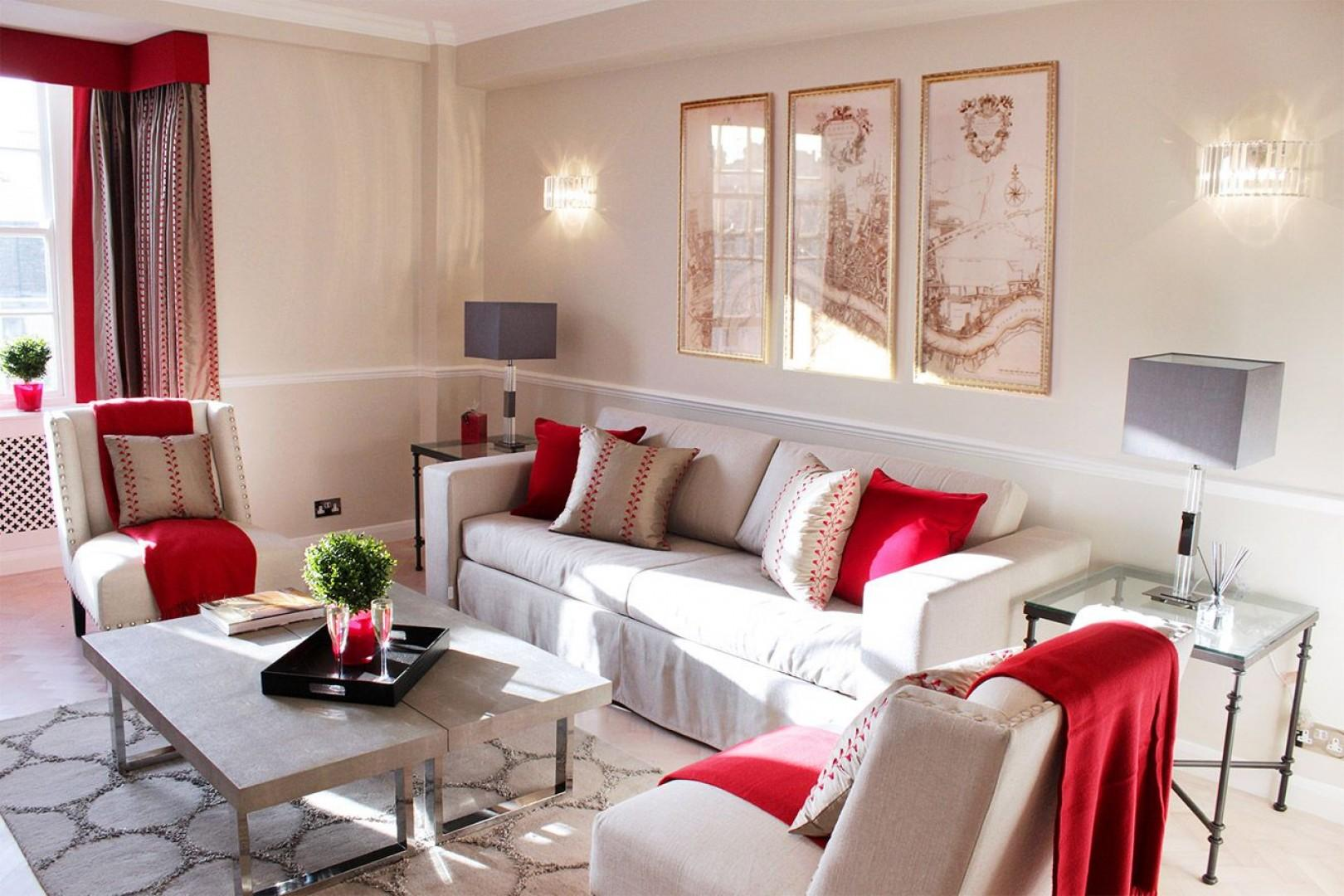 Comfortable and welcoming living room of Notting Hill rental