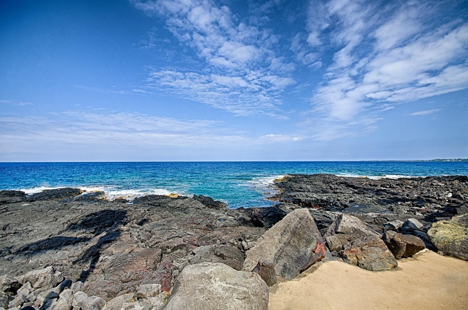 Rocky ocean entrance
