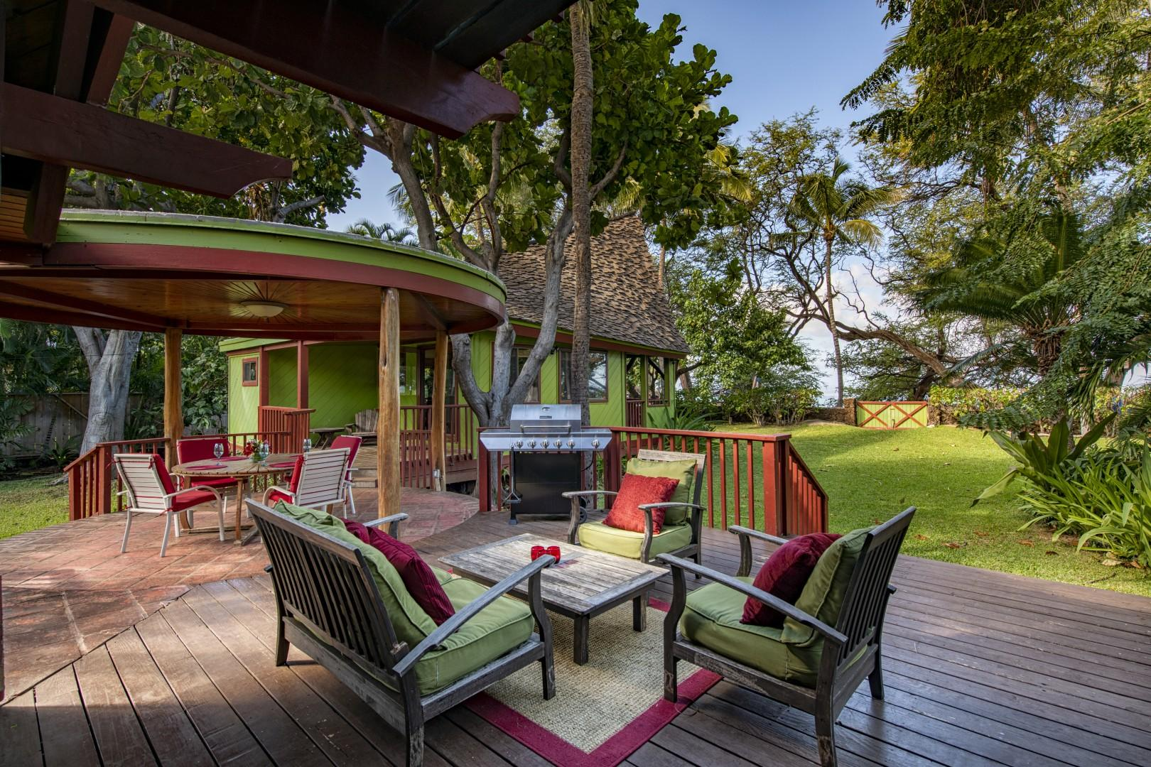 6. Outdoor Lanai overlooking gardens is the perfect place to relax
