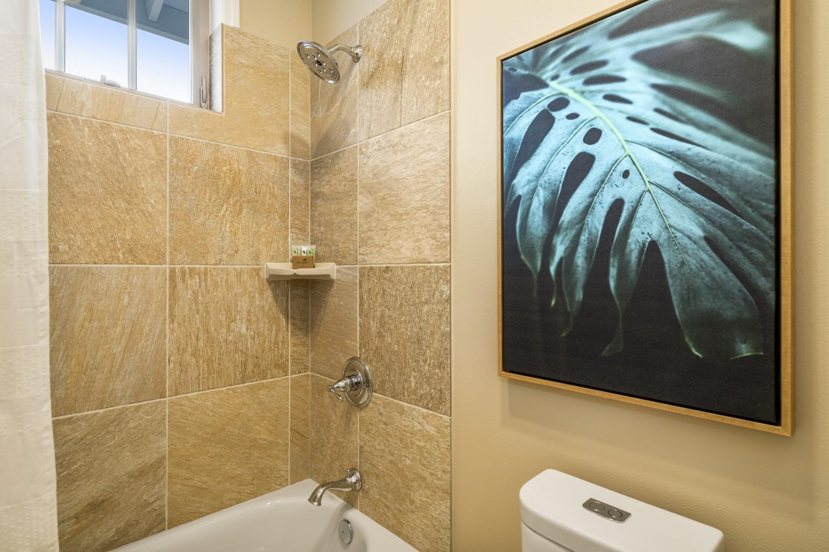 Upstairs guest bathroom with tub/shower combo
