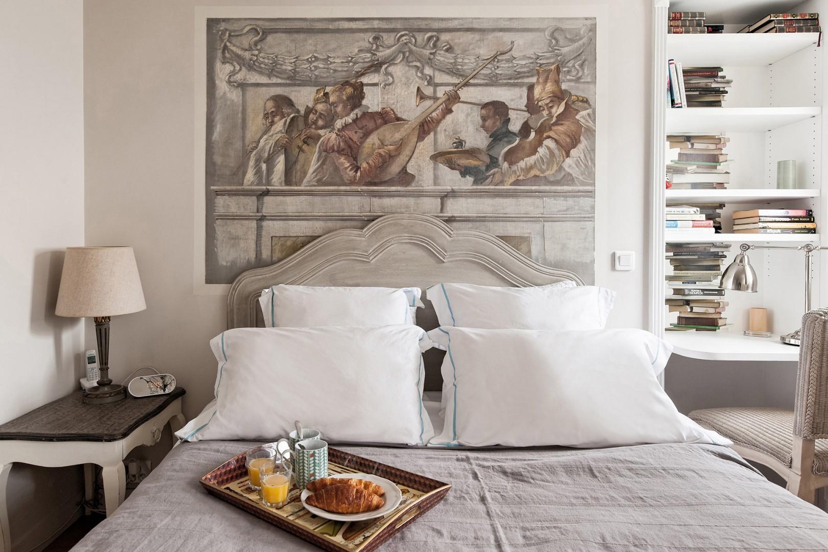 Enjoy breakfast in bed!