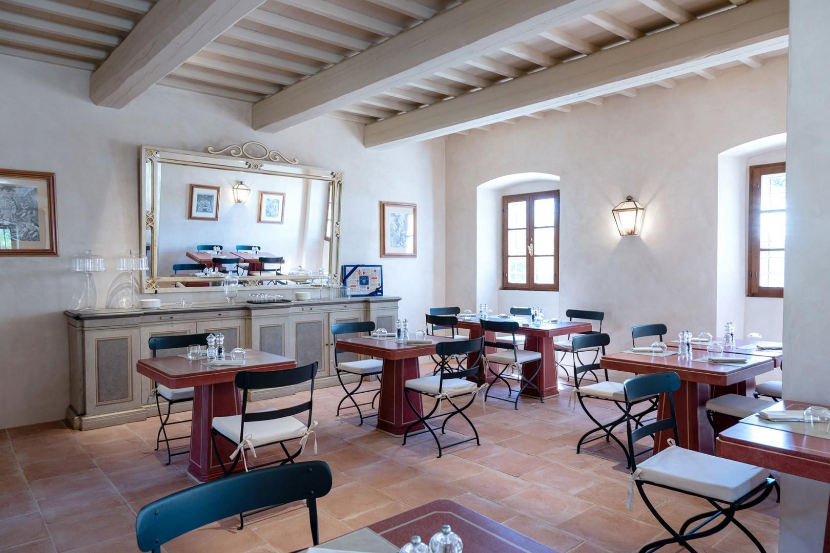 The on-site bistro serves delicious Tuscan specialties in a casual atmosphere.