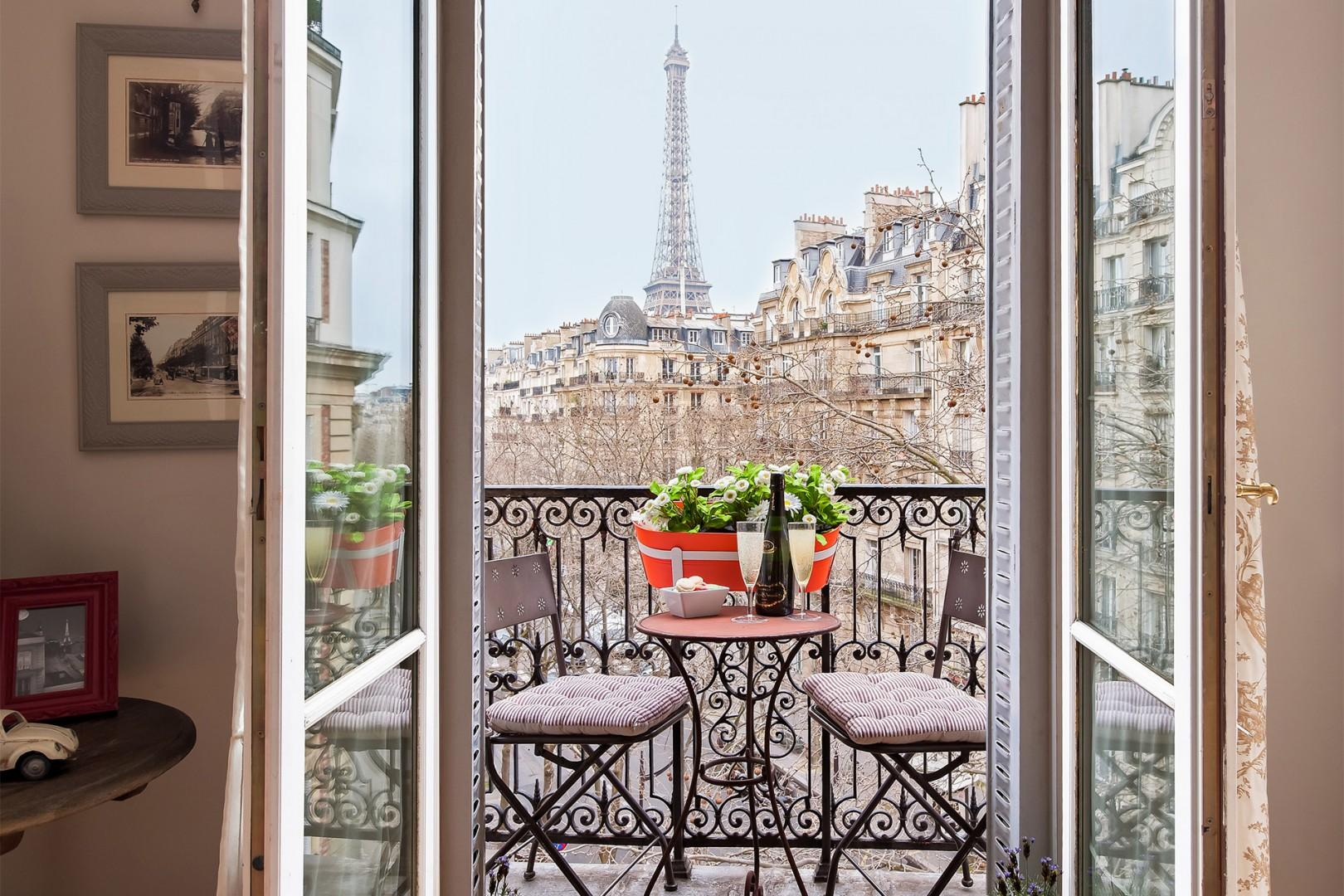 Welcome to the stunning Lalande Paris vacation rental!