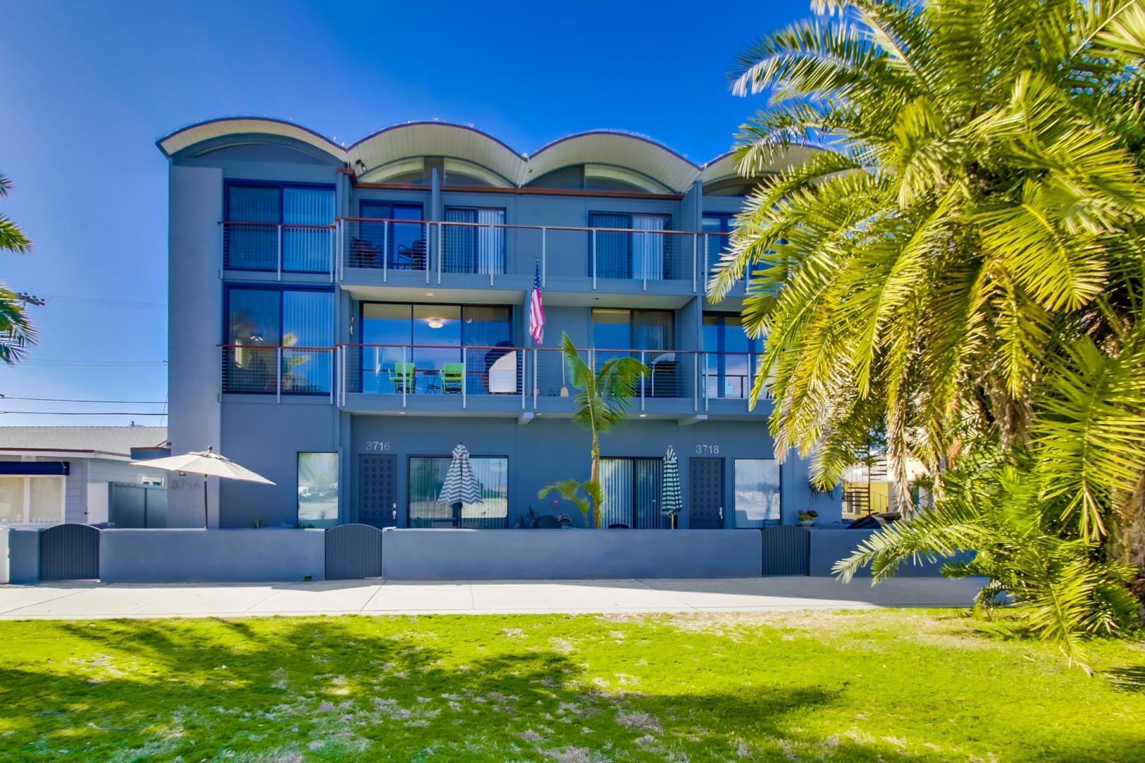 B5235 Mai Tai Beach House