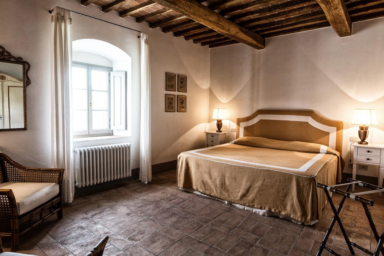 Ground floor bedroom 1. Every bedroom at La Rosetta has an en suite bathroom.