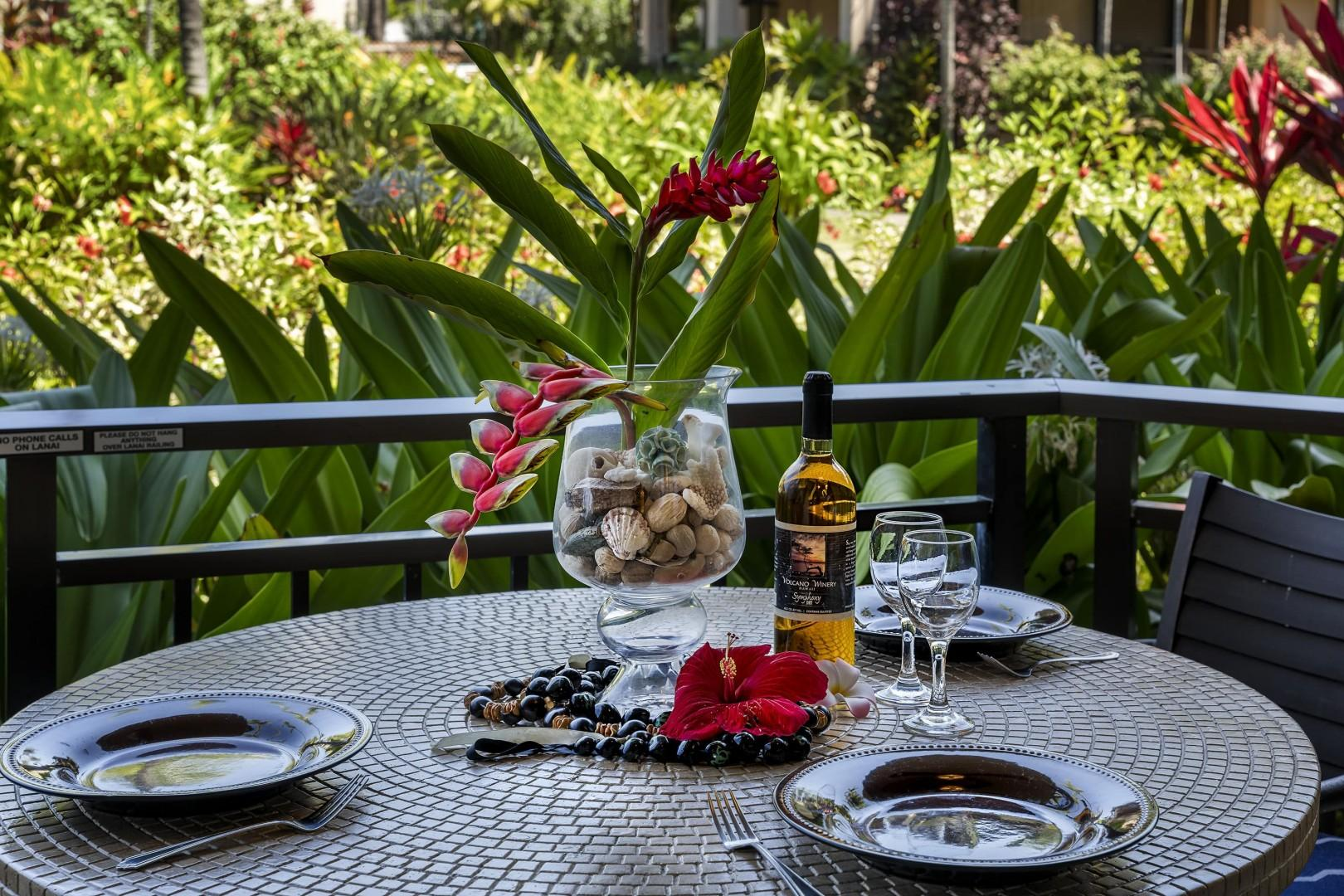 Enjoy your prepared meals on the outdoor dining set!~