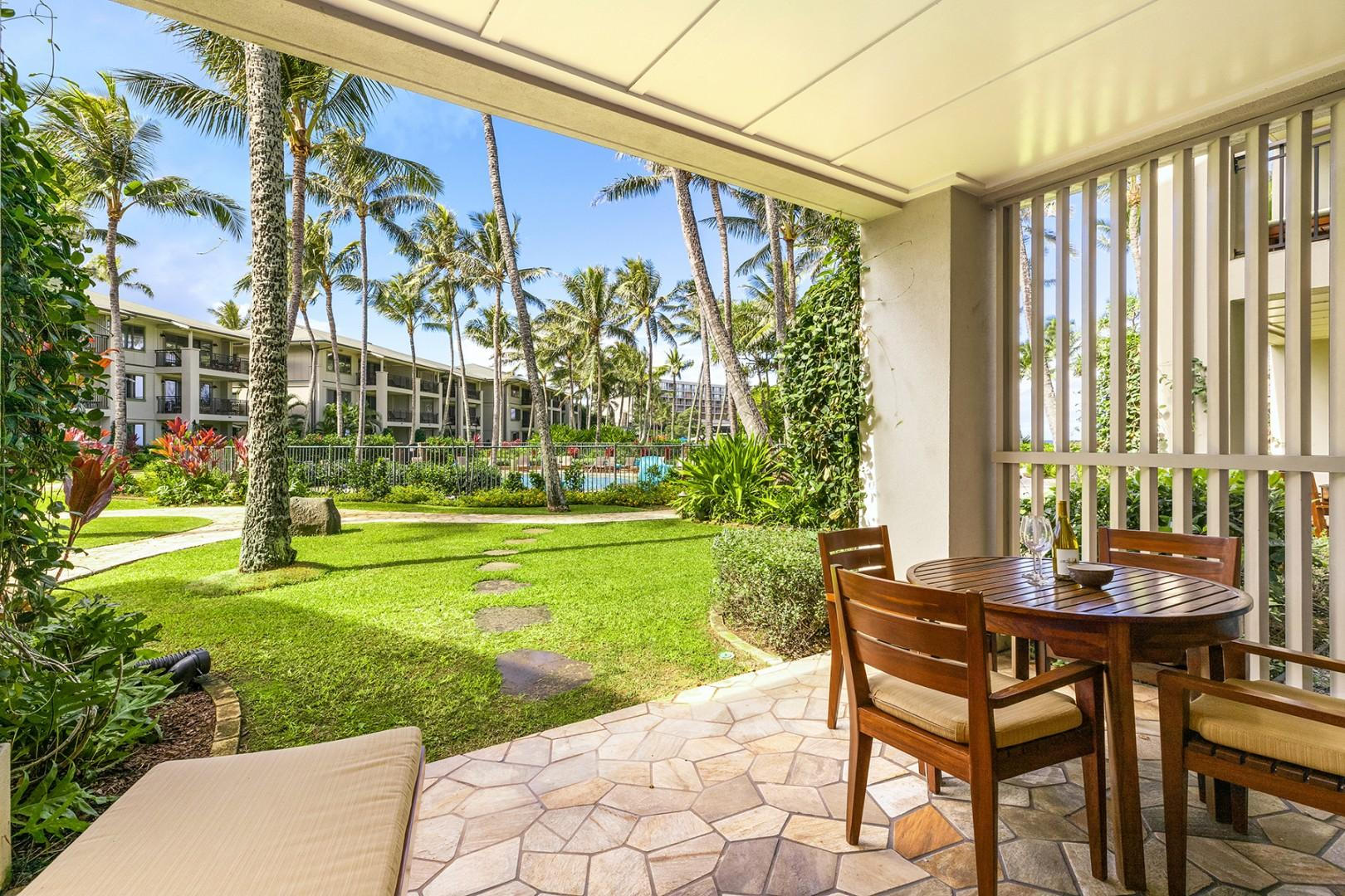 Lanai - just steps from the pool & jacuzzi