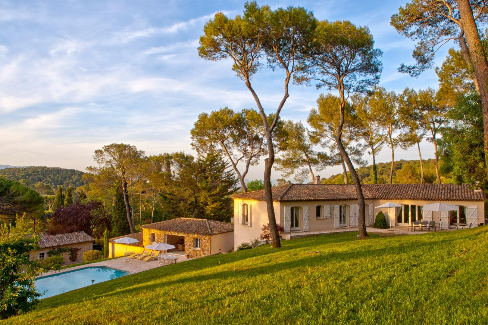 Imagine yourself in this stunning Provence villa