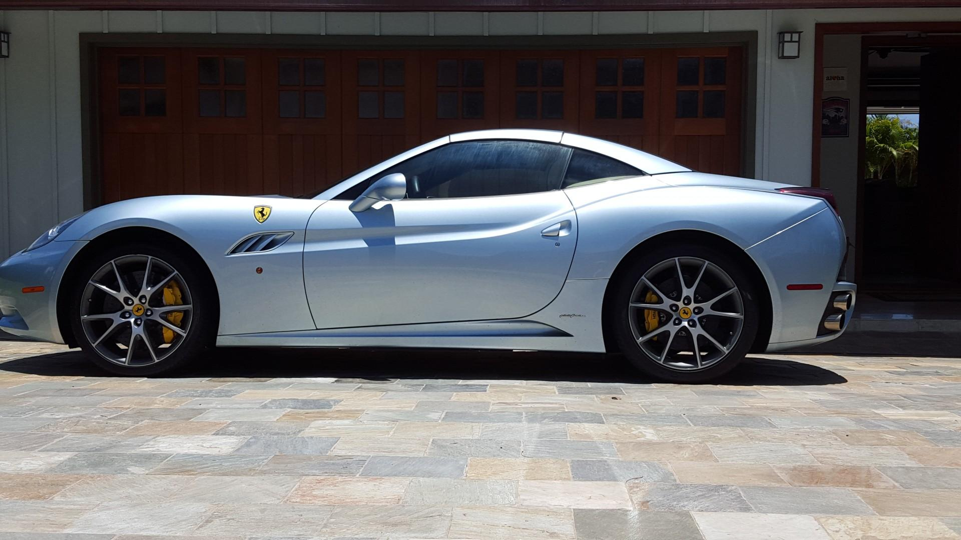 Optional Ferarri for rent while staying at the villa!