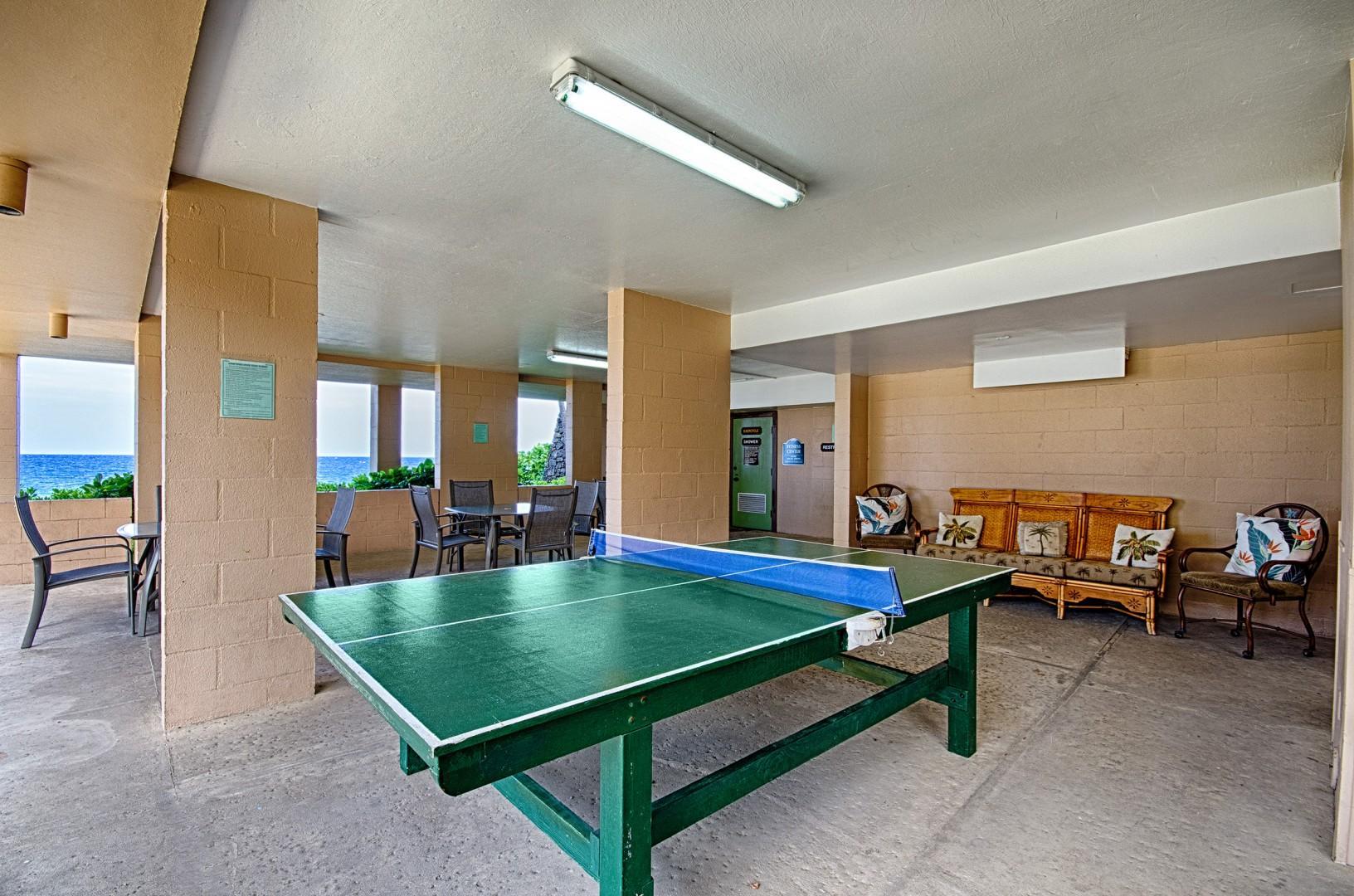 Kona Makai complex ping pong table!