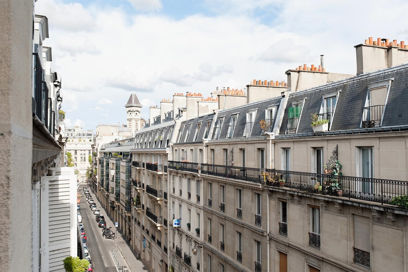 Classic Parisian views in the elegant 7th arrondisement