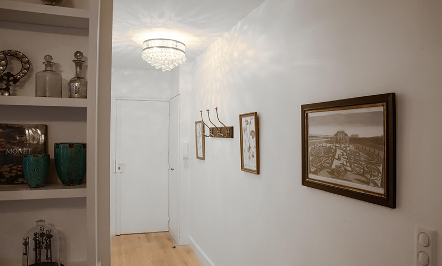 Lovely entrance hallway