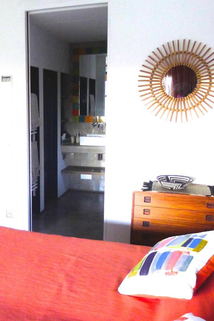 Each of the bedrooms is equipped with an en-suite bathroom