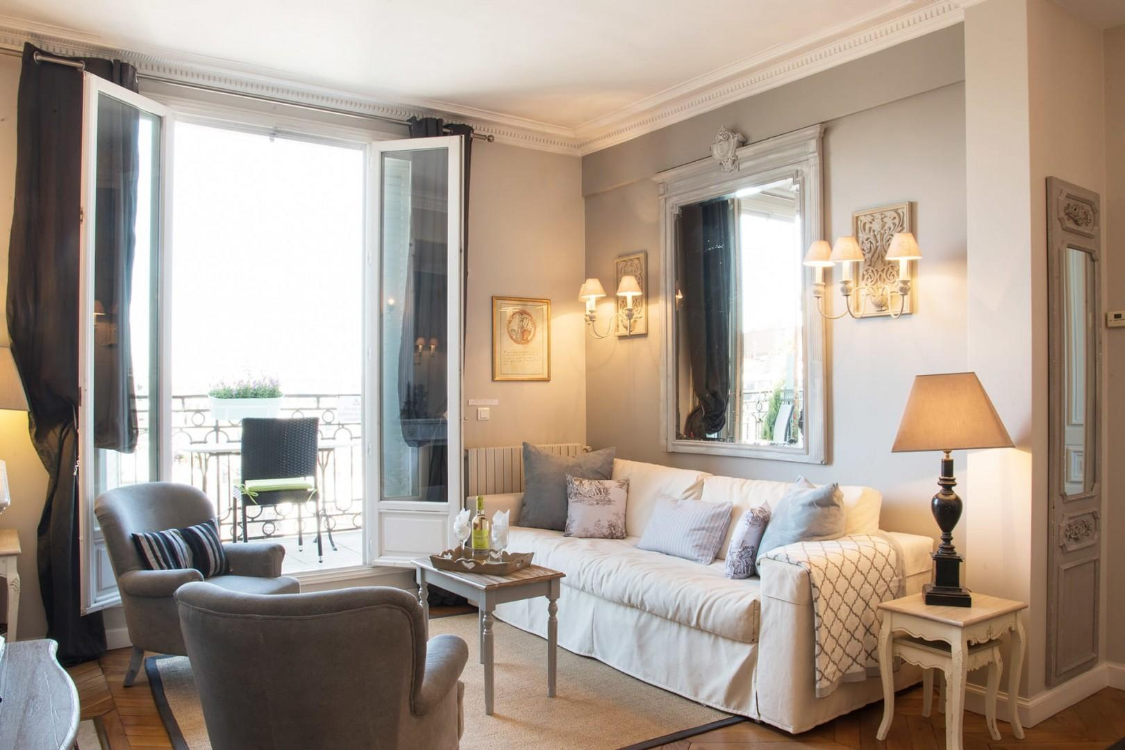 The spacious and sun-splashed rooms make it an excellent location for your Paris stay.
