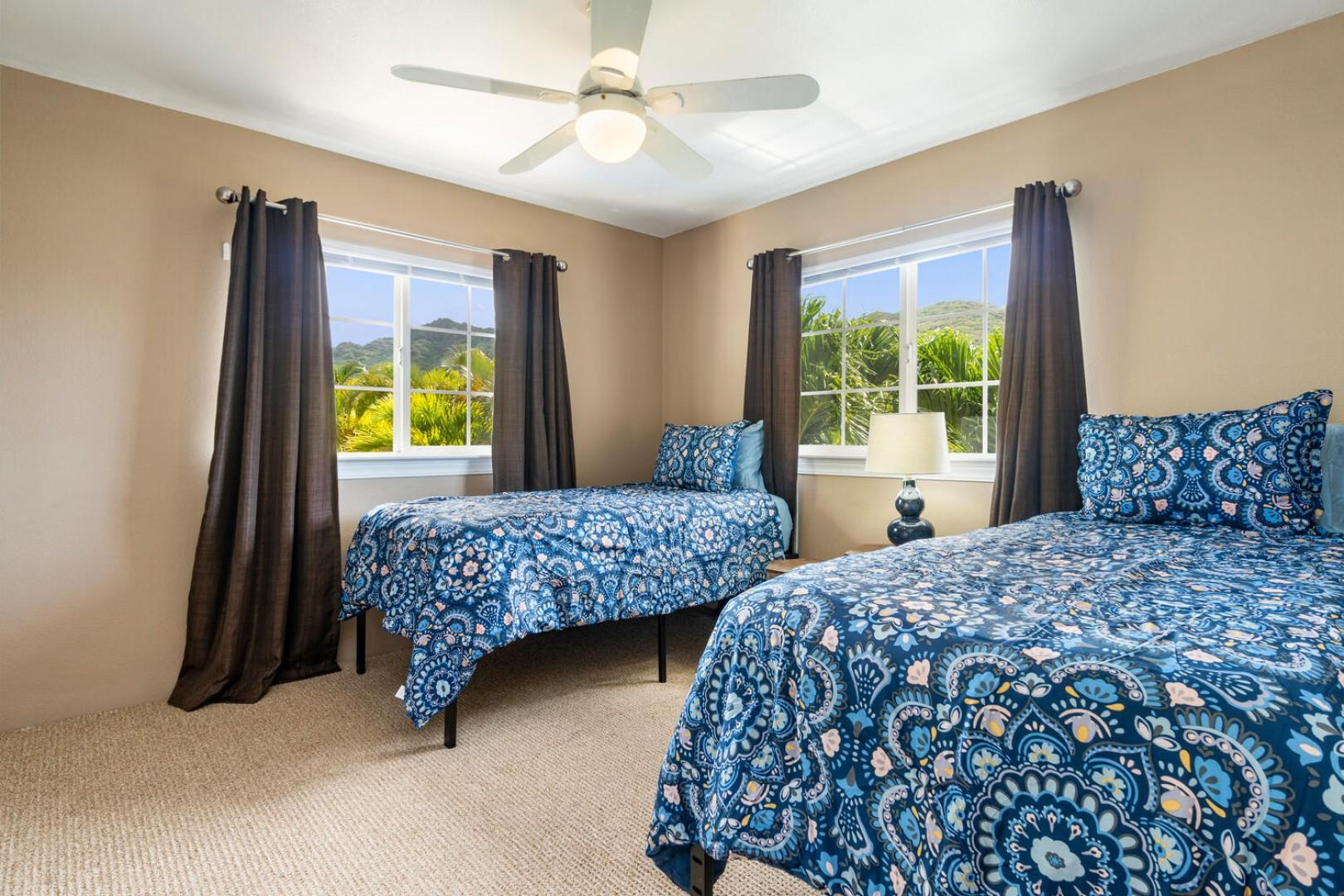 Bedroom 4, two twin beds