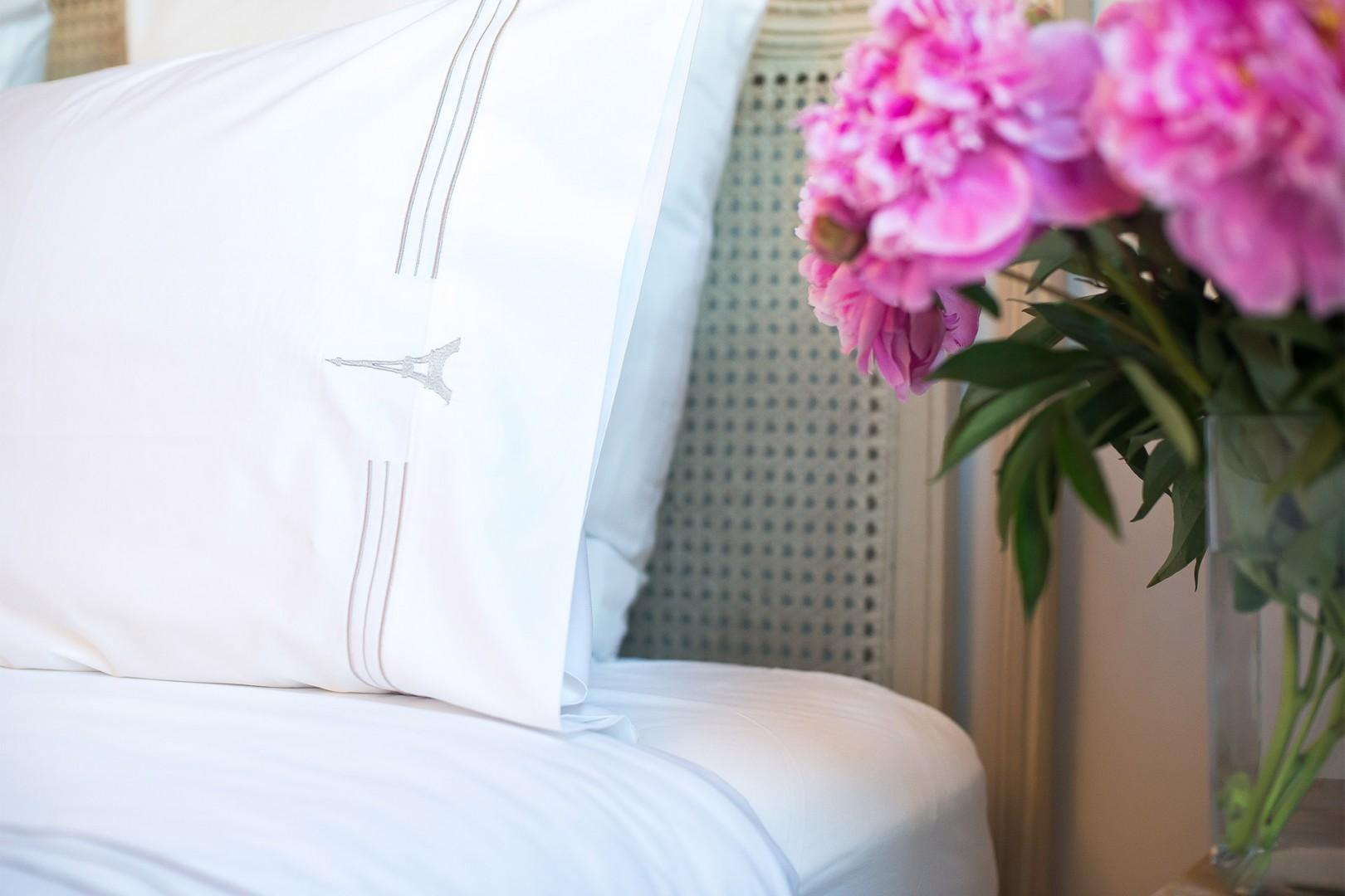 Sumptuous linens are on all the beds.