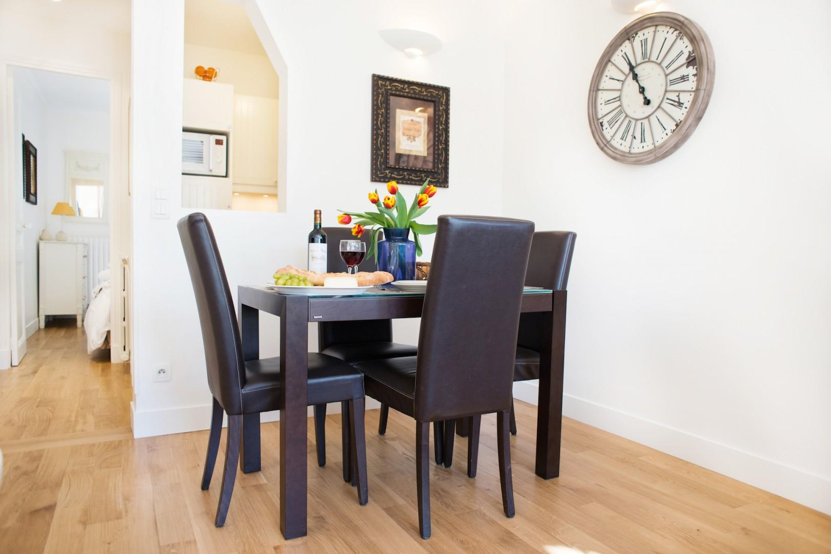 Enjoy French meals in the comfort of your home.