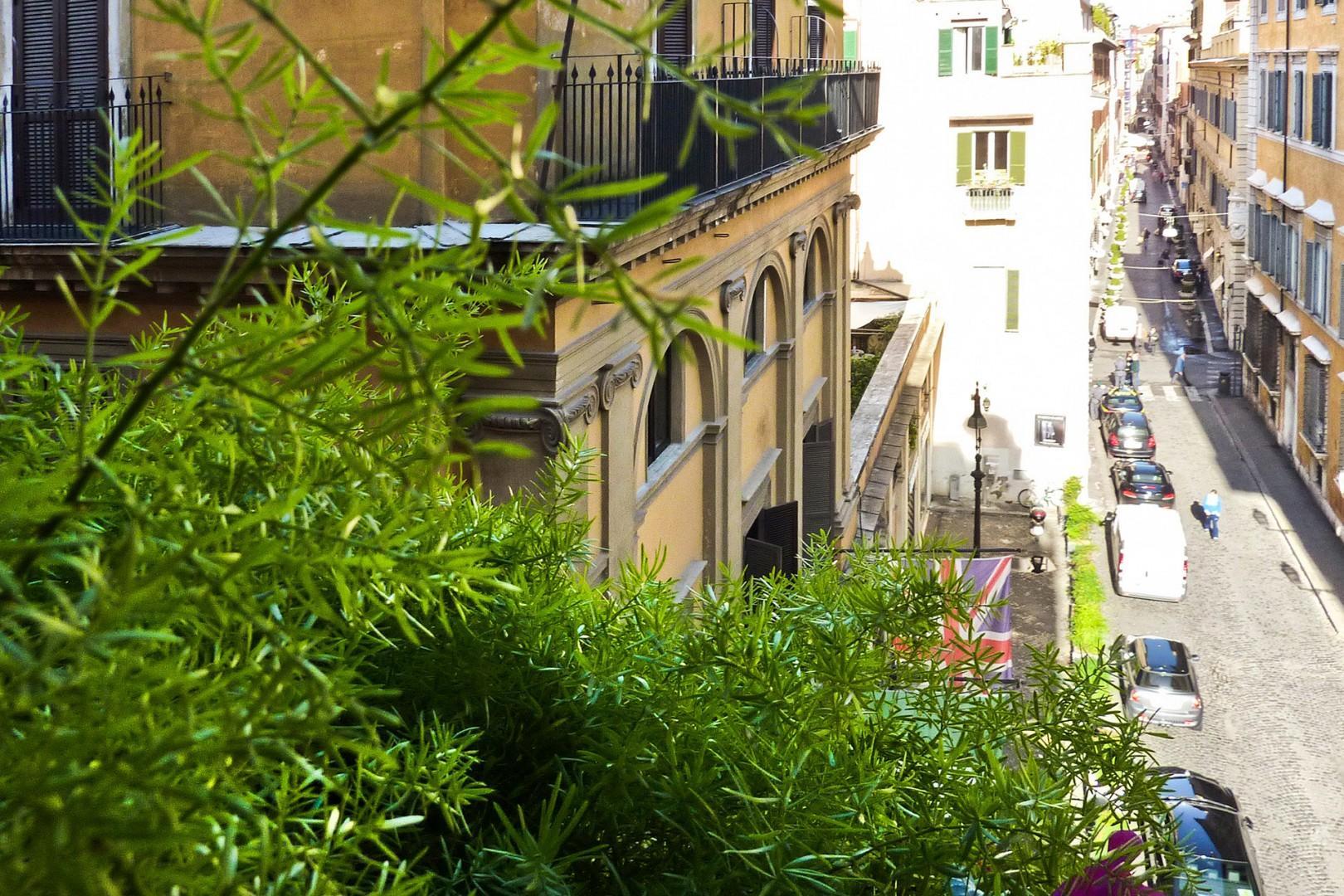 View of the refined Hotel d'Inghilterra next door.