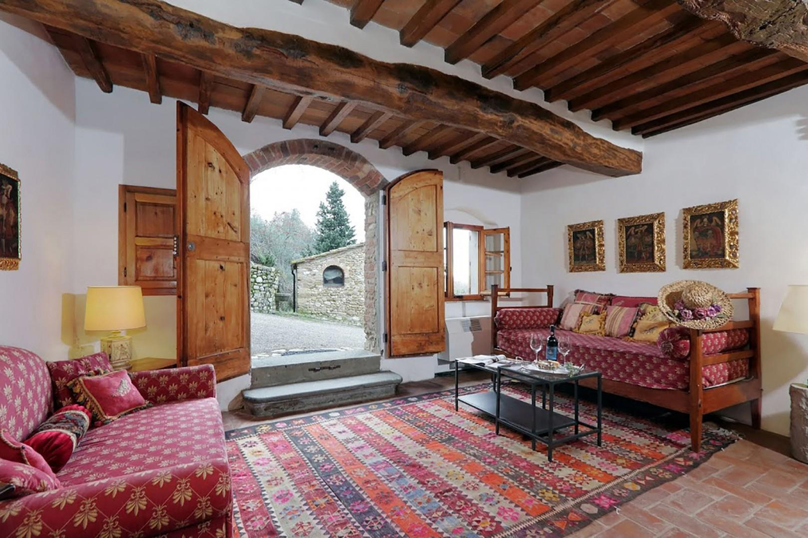 The ground floor apartment in Villa Poggio is a very inviting one bedroom apartment.