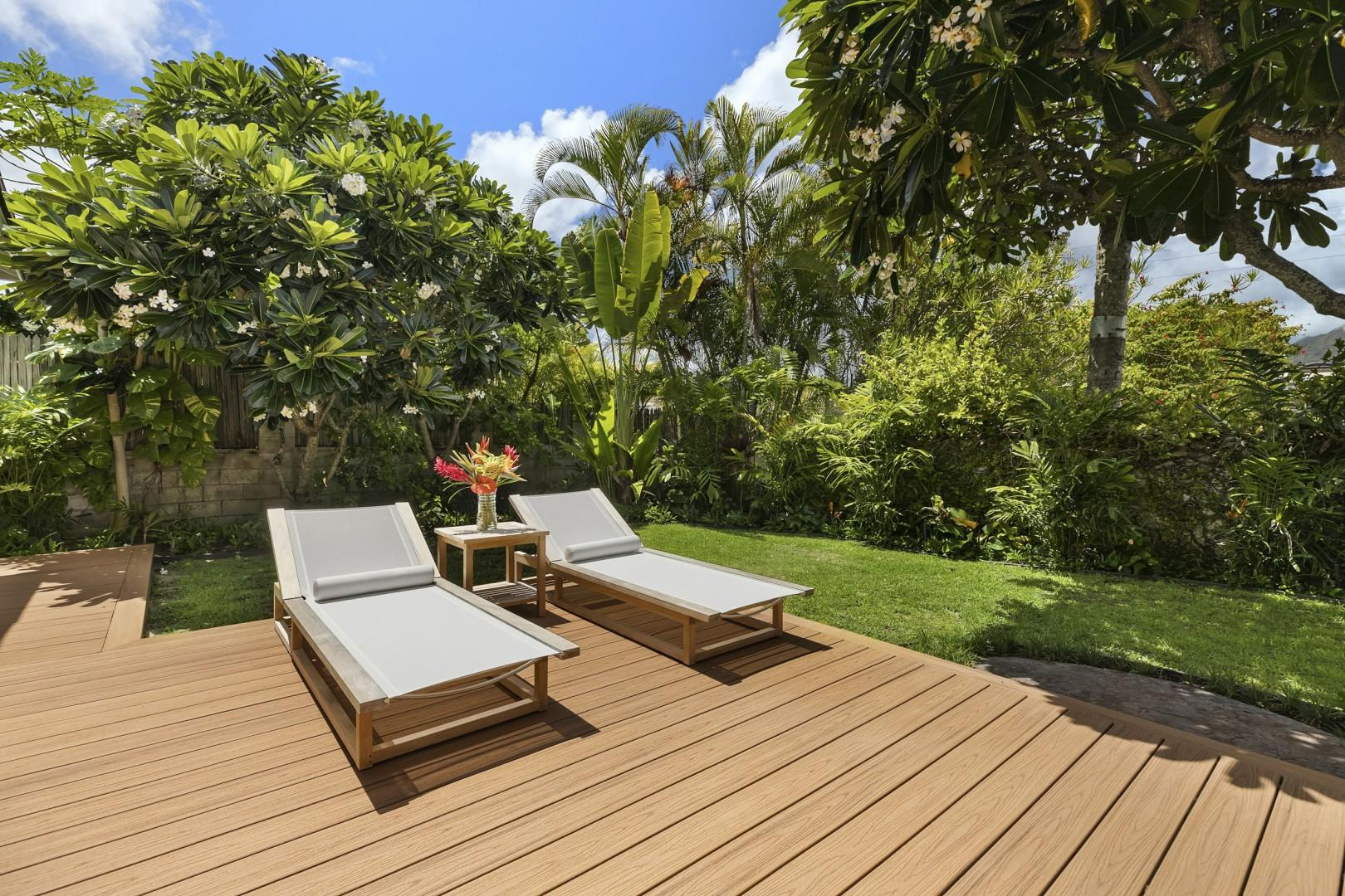 Private Yard with Large Deck and  Chaise Lounge Chairs