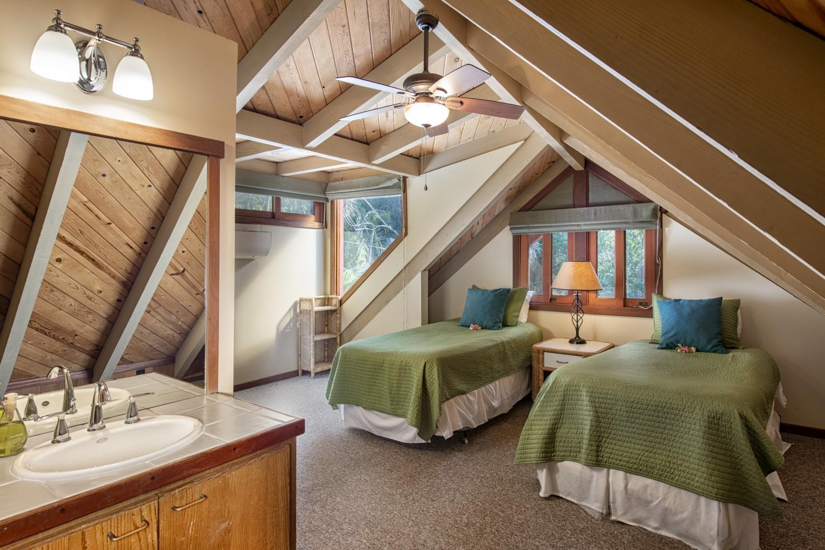13. Upstairs second bedroom with En-suite