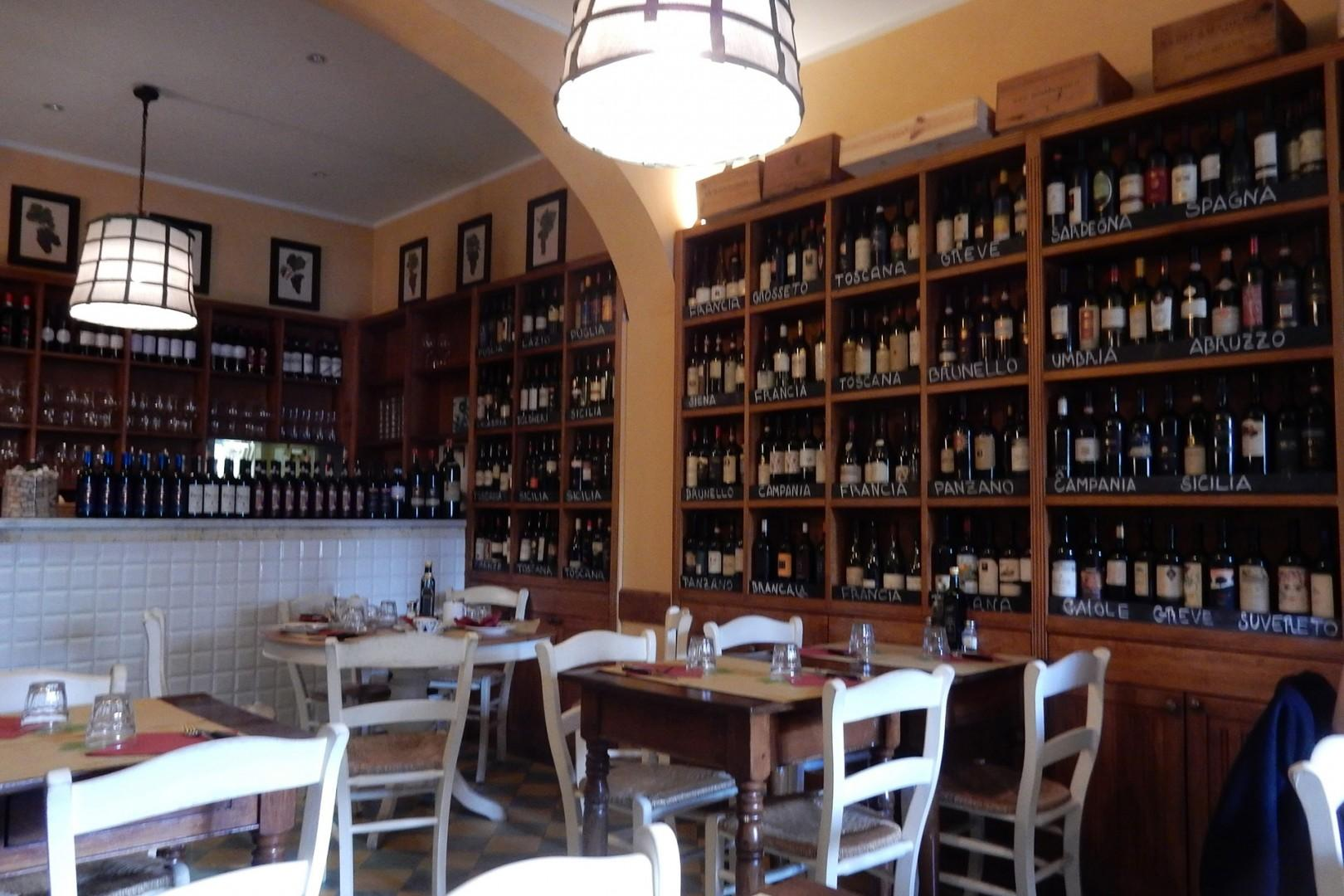 Nearby restaurant is known for fine wine selection and good regional menu.