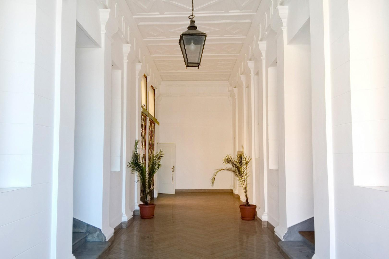 Downstairs entry hallway looking the other direction. It is clean and well maintained.