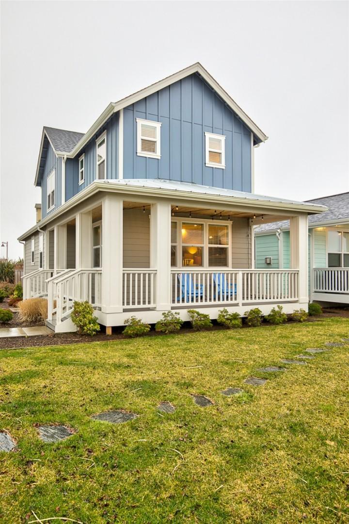 022 Pacific Paradise Beach House