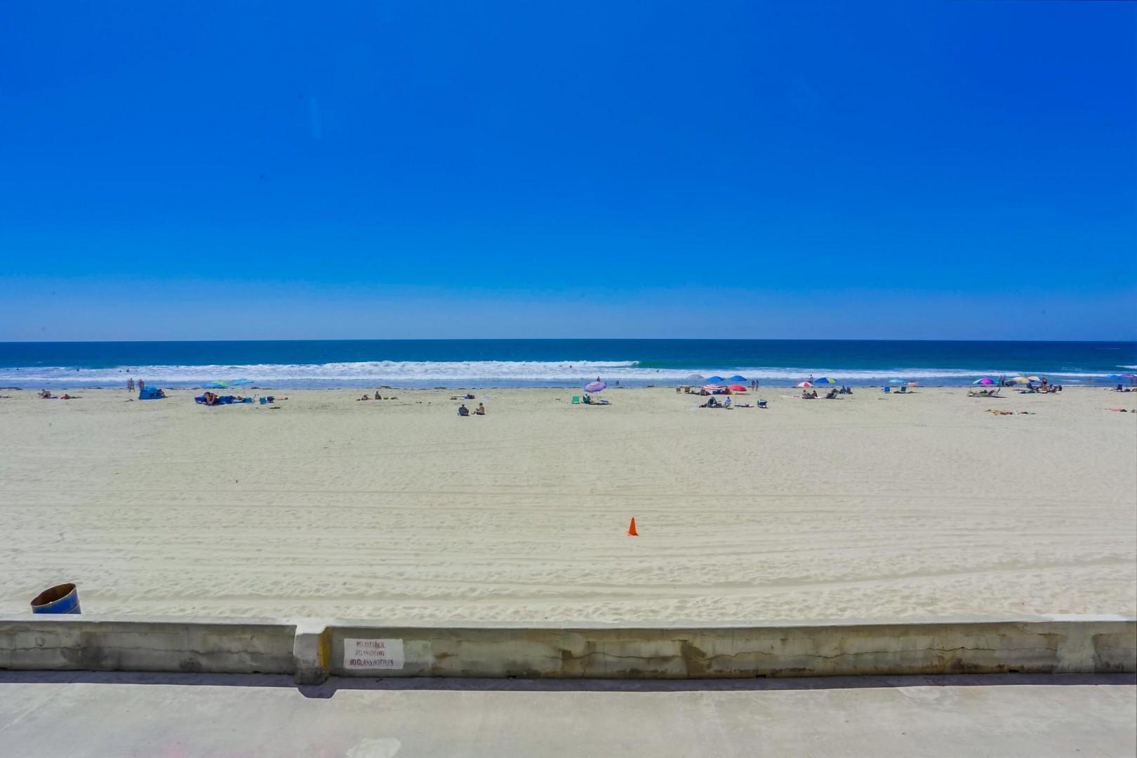 3755-ocean-front-walk-unit-7-029_2100x1400