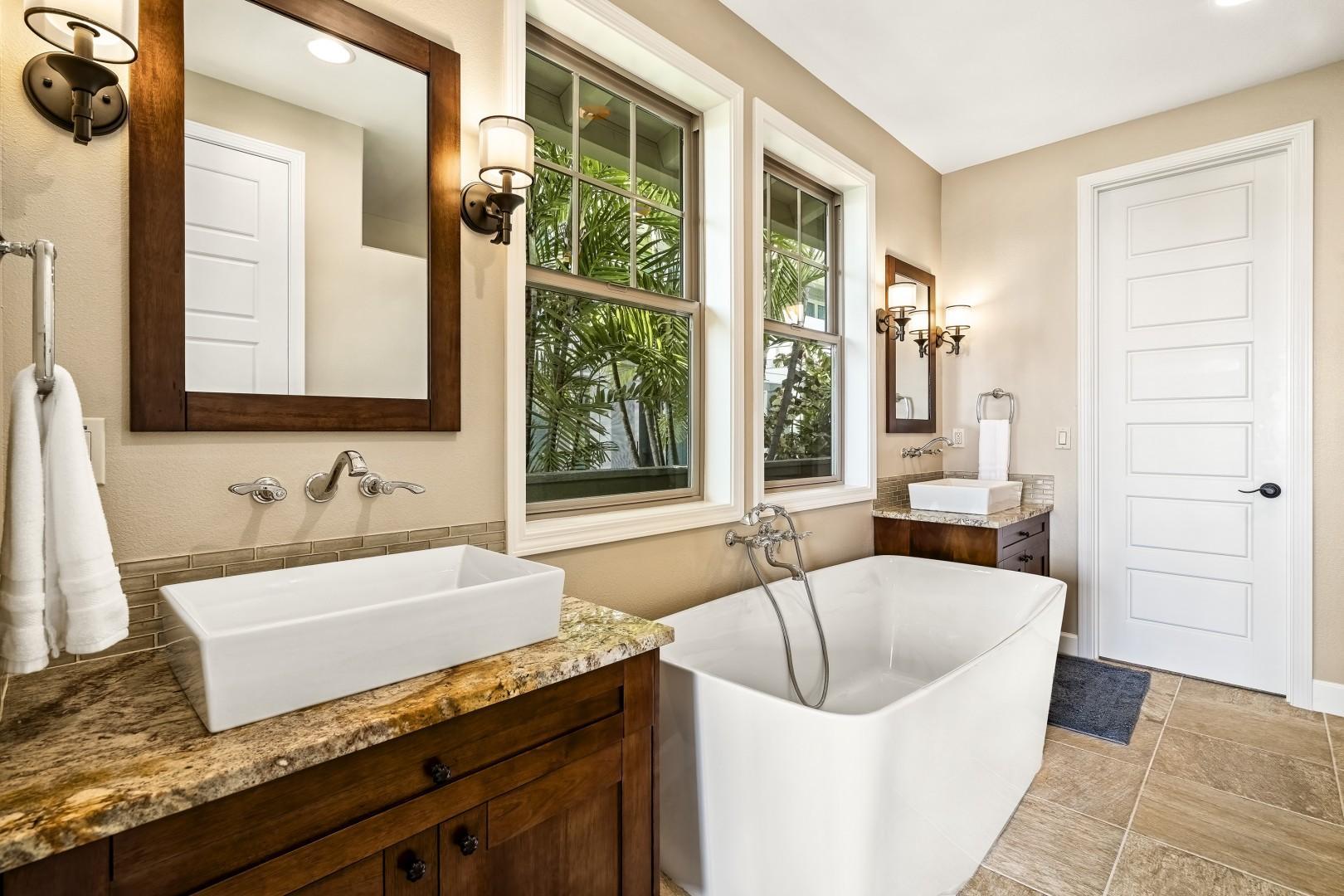 Luxurious Master bathroom with oversized soaking tub