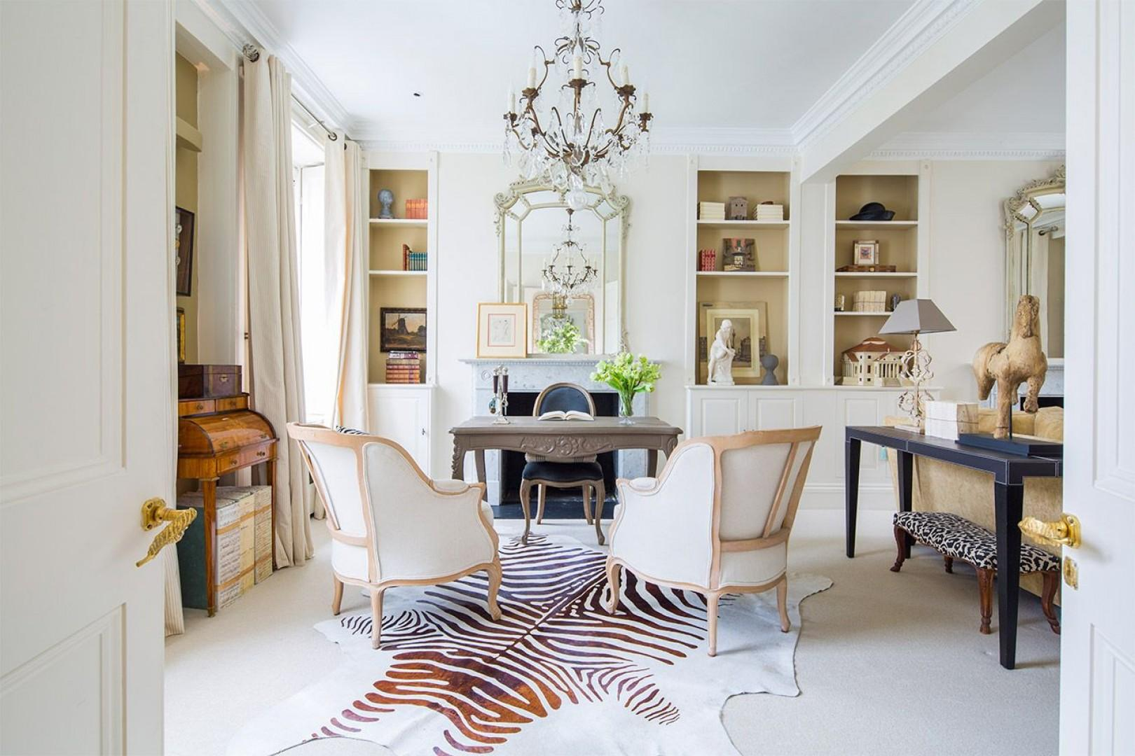 Sunny and beautifully decorated living room in London home