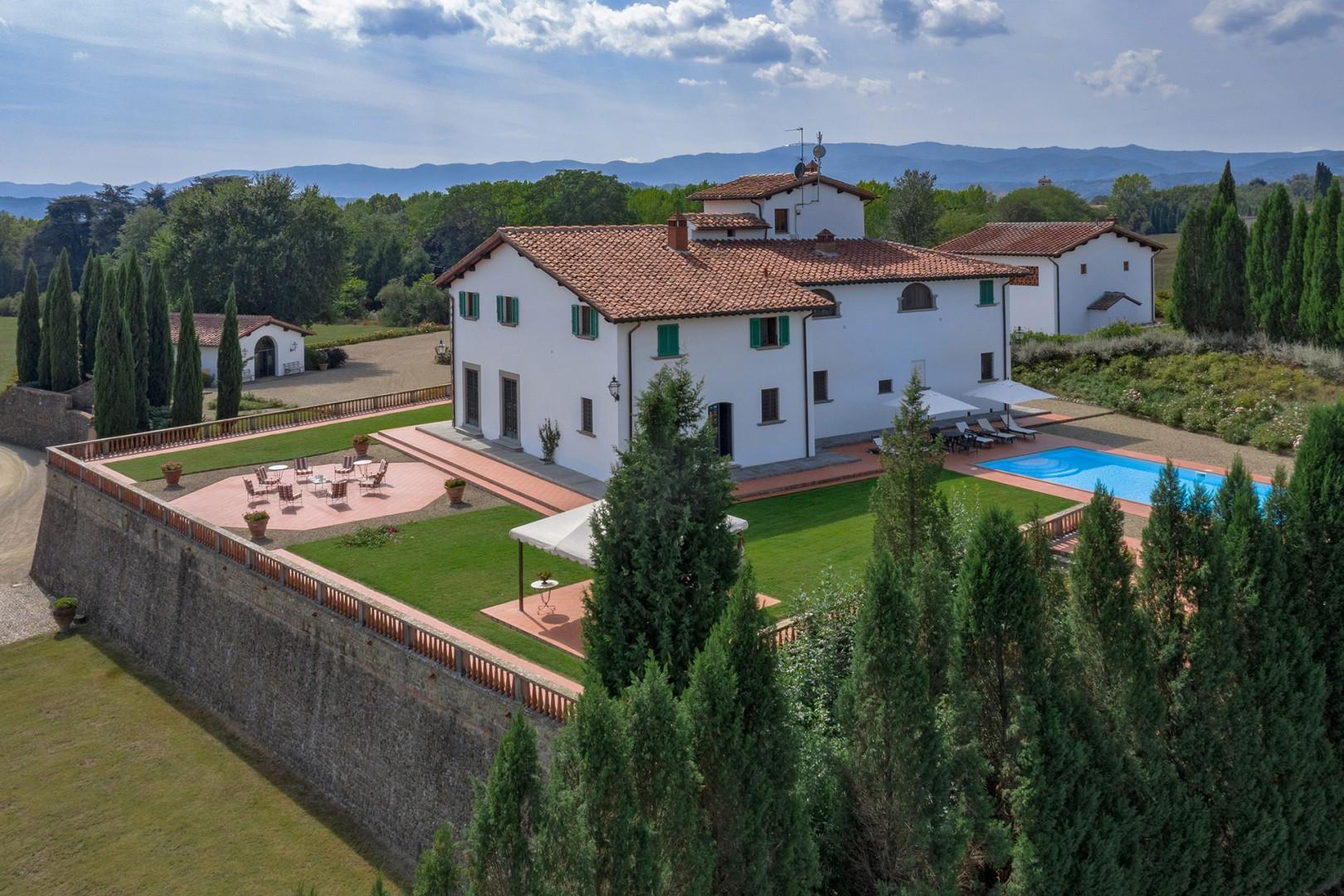The estate is located in the coveted Arno Valley, between the towns of Reggello and Figline Valdarno