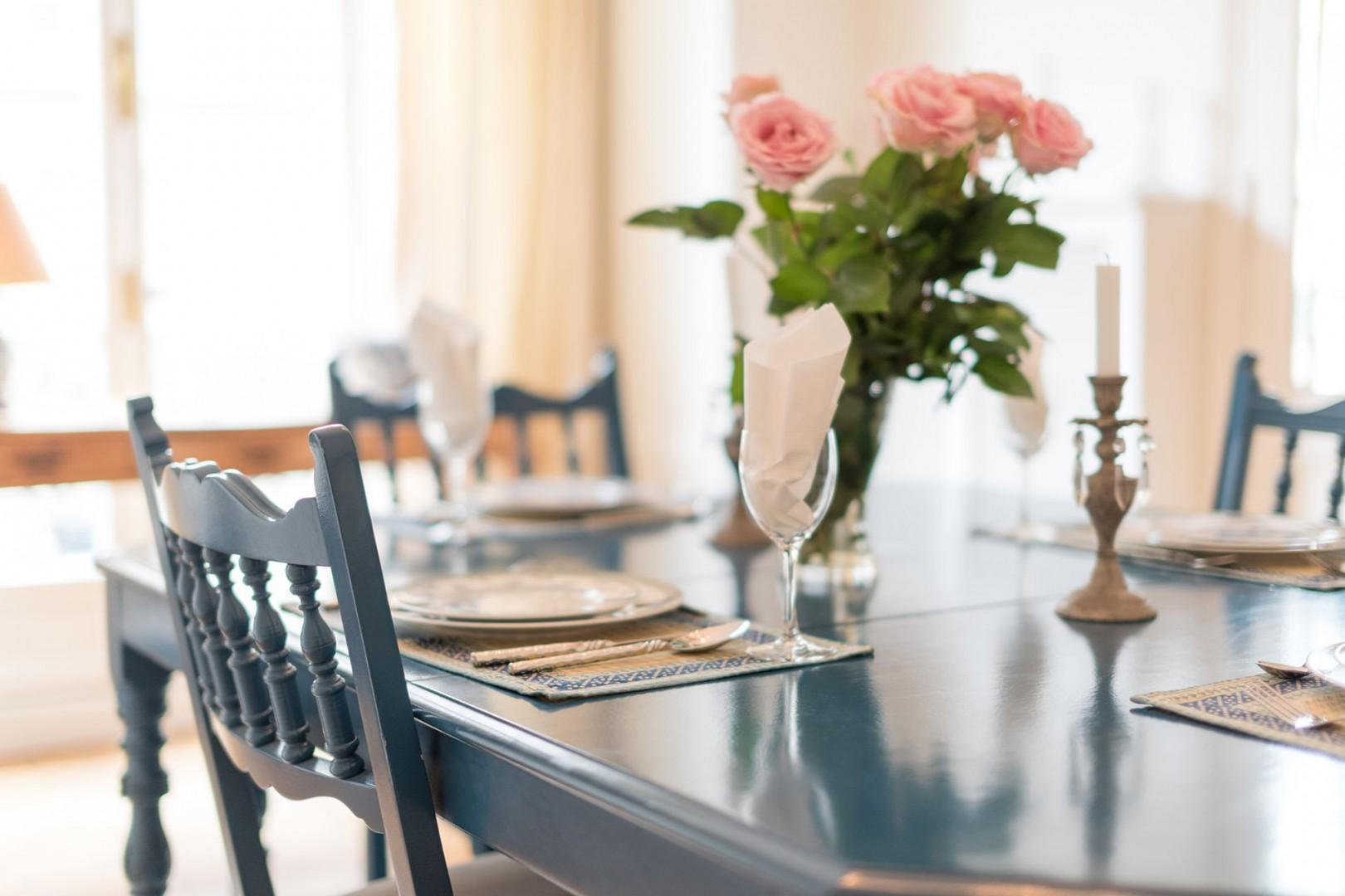 Enjoy French-style meals in the comfort of home.