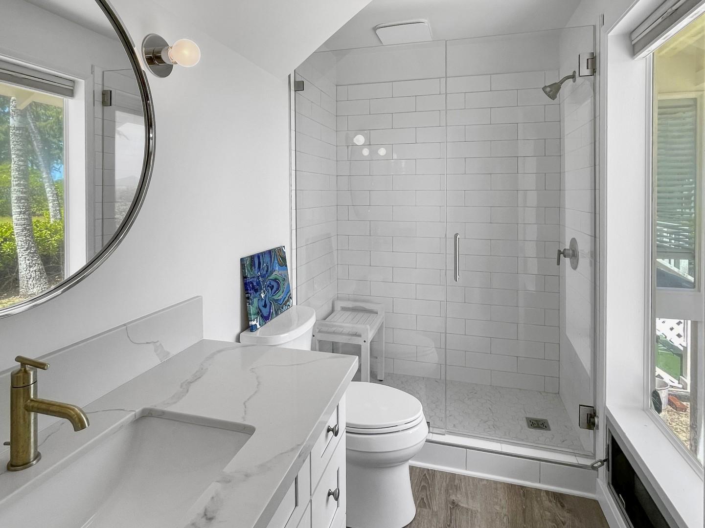 Hall bath for bedroom 2