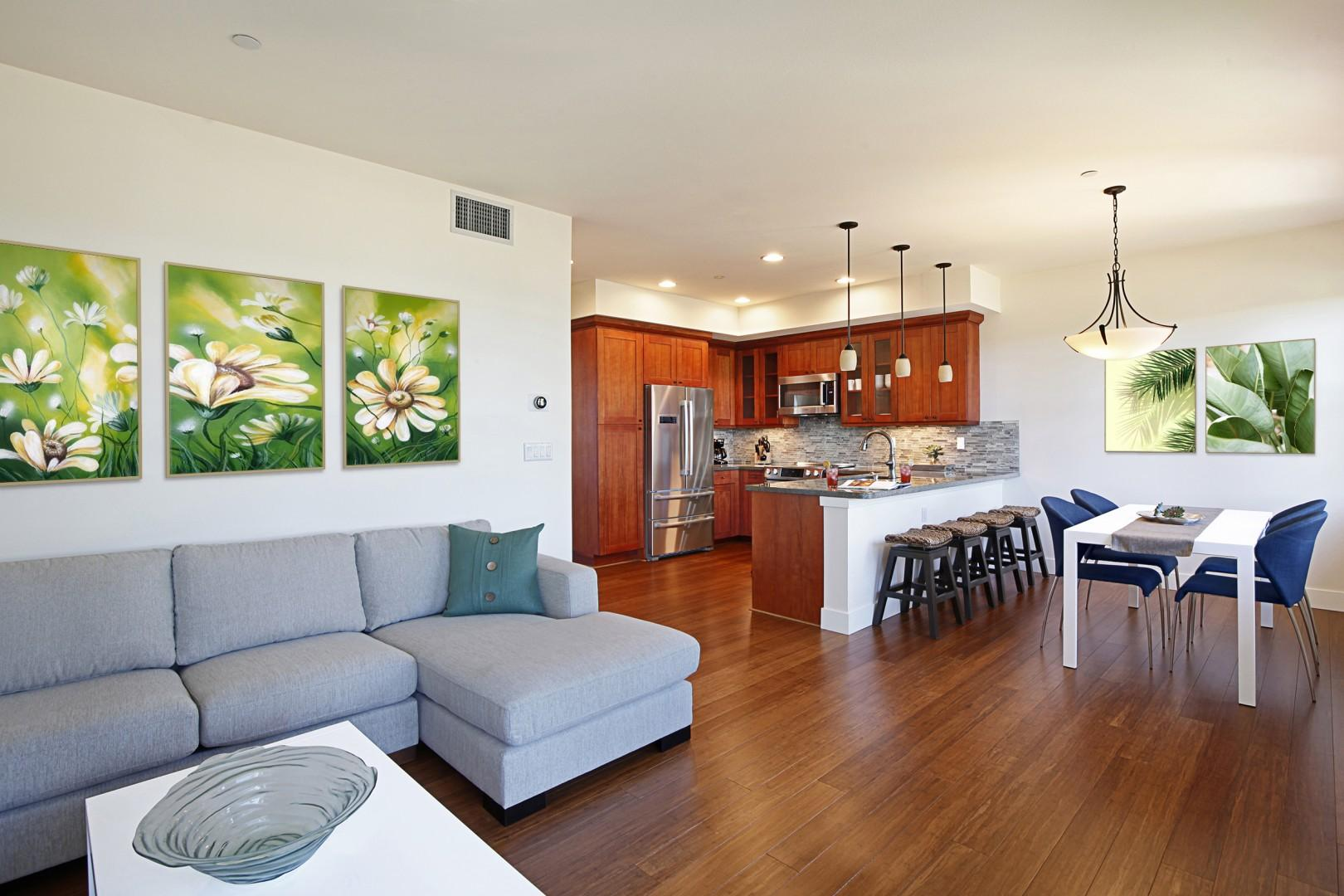 Living room / Dining & Kitchen