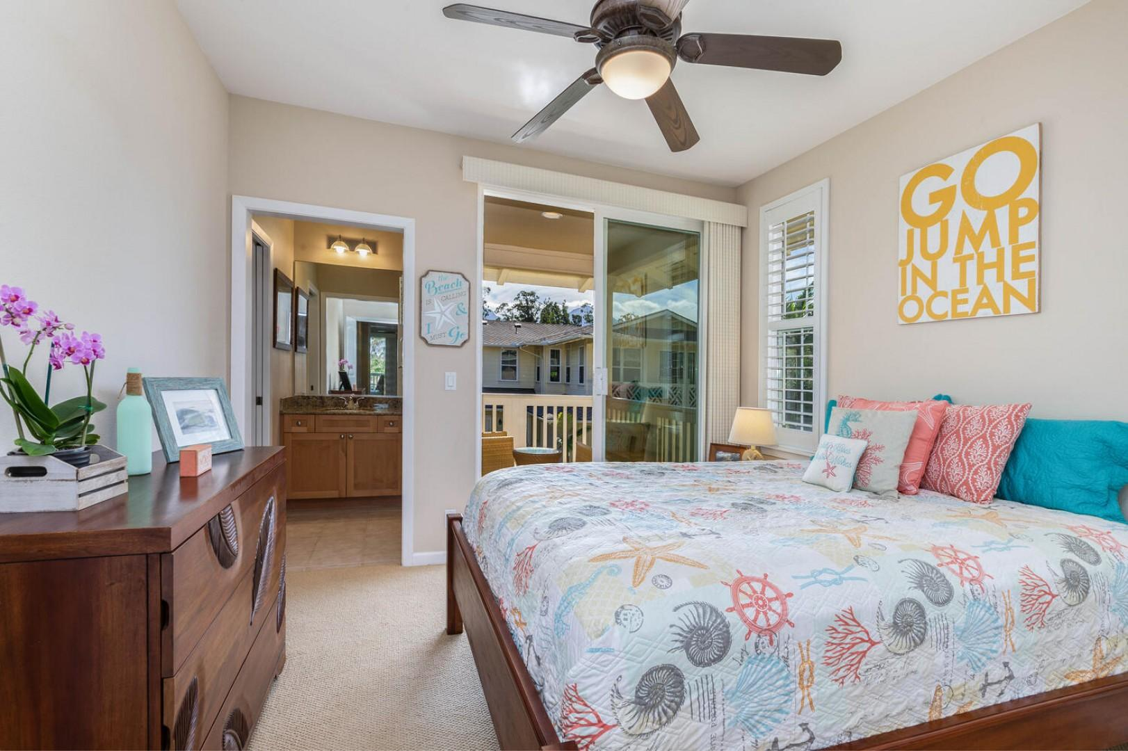 Guest bedroom with private lanai