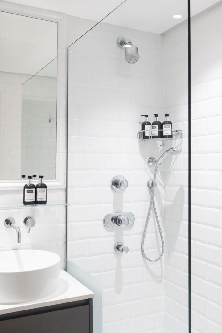 Wonderful walk-in shower