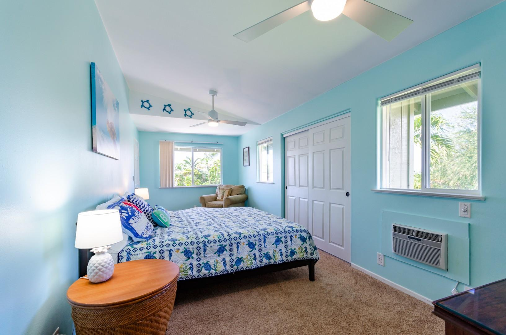 Upstairs guest bedroom with King bed & A/C