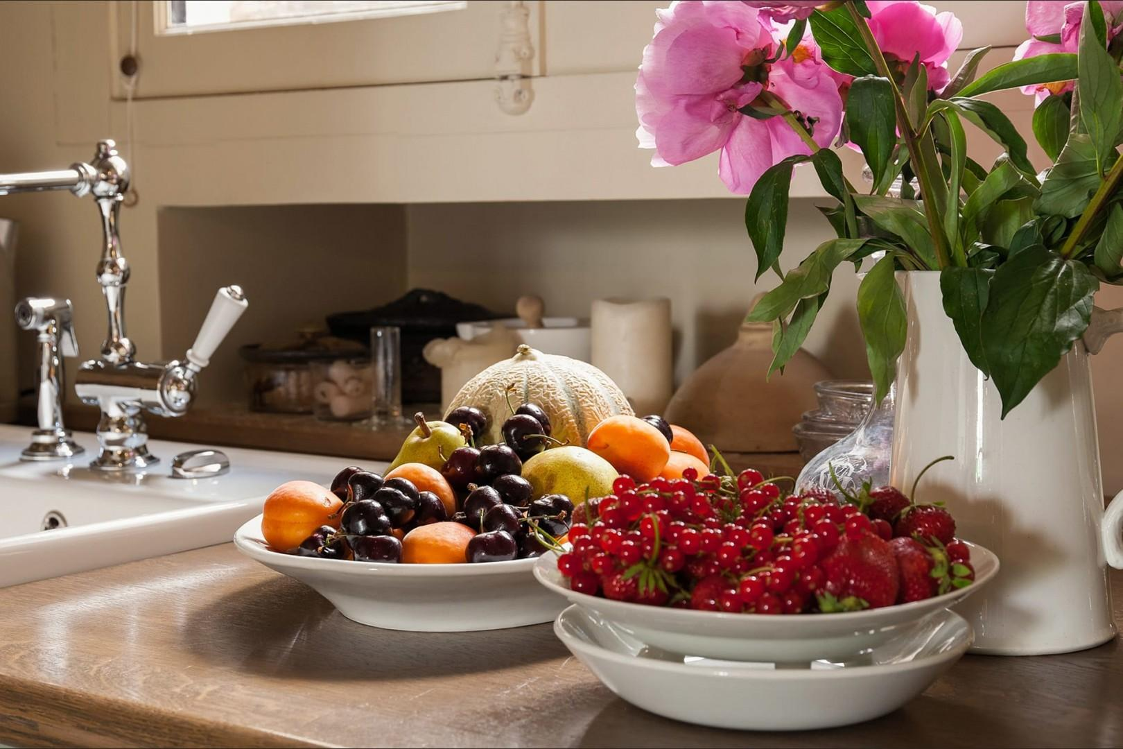 Bring home amazing fresh fruit, vegetables and flowers from local markets.