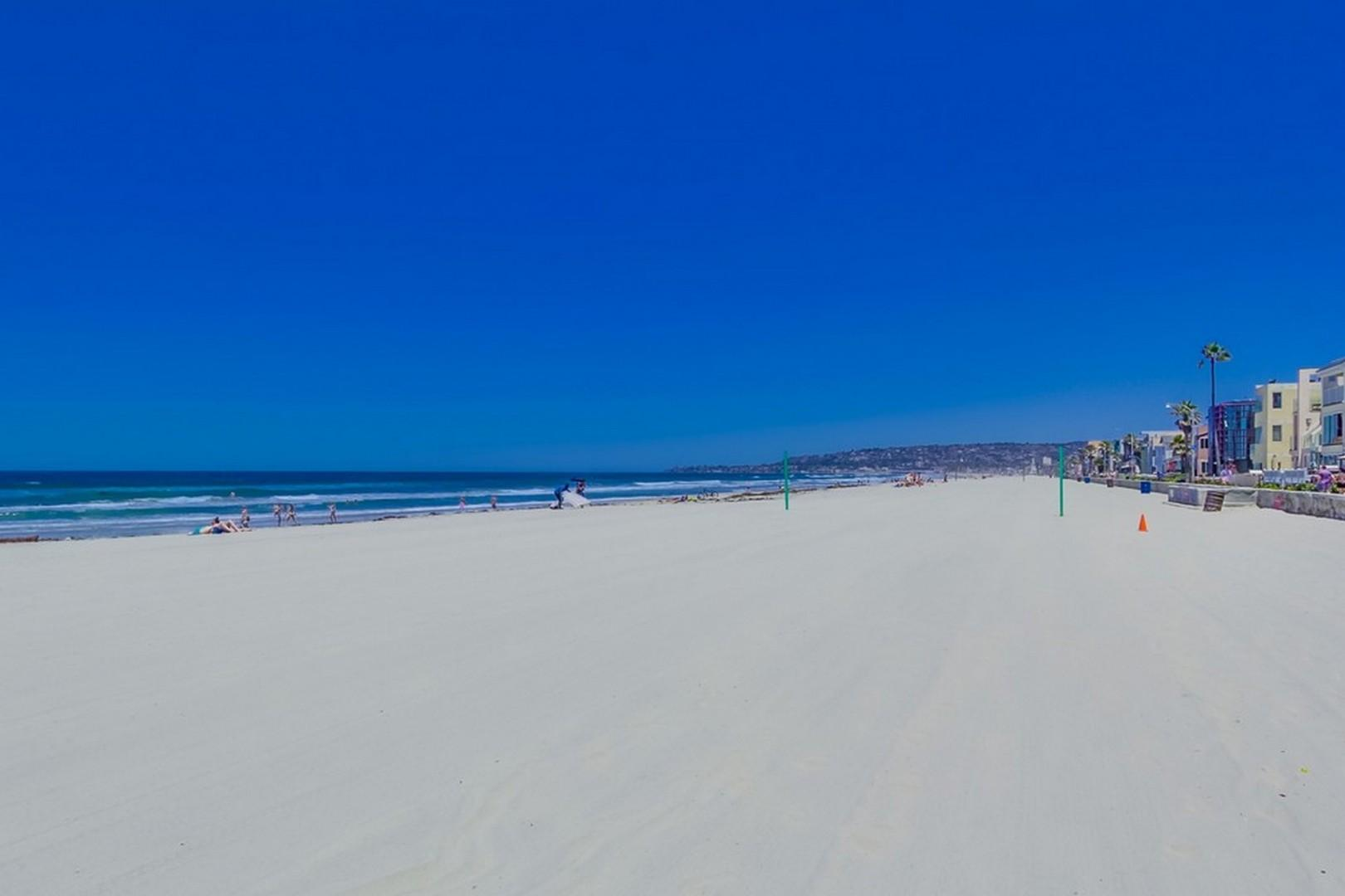 3275_ocean_front_walk__22a
