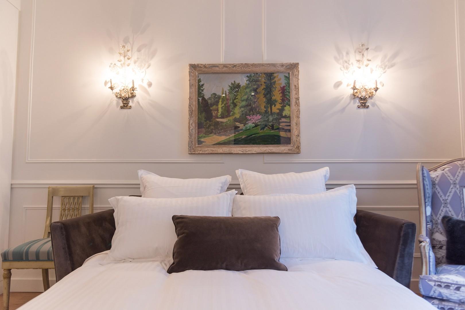 Get a good night's sleep on the high-quality sofa bed.