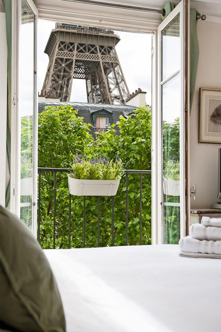 Imagine waking up to this view out the window!
