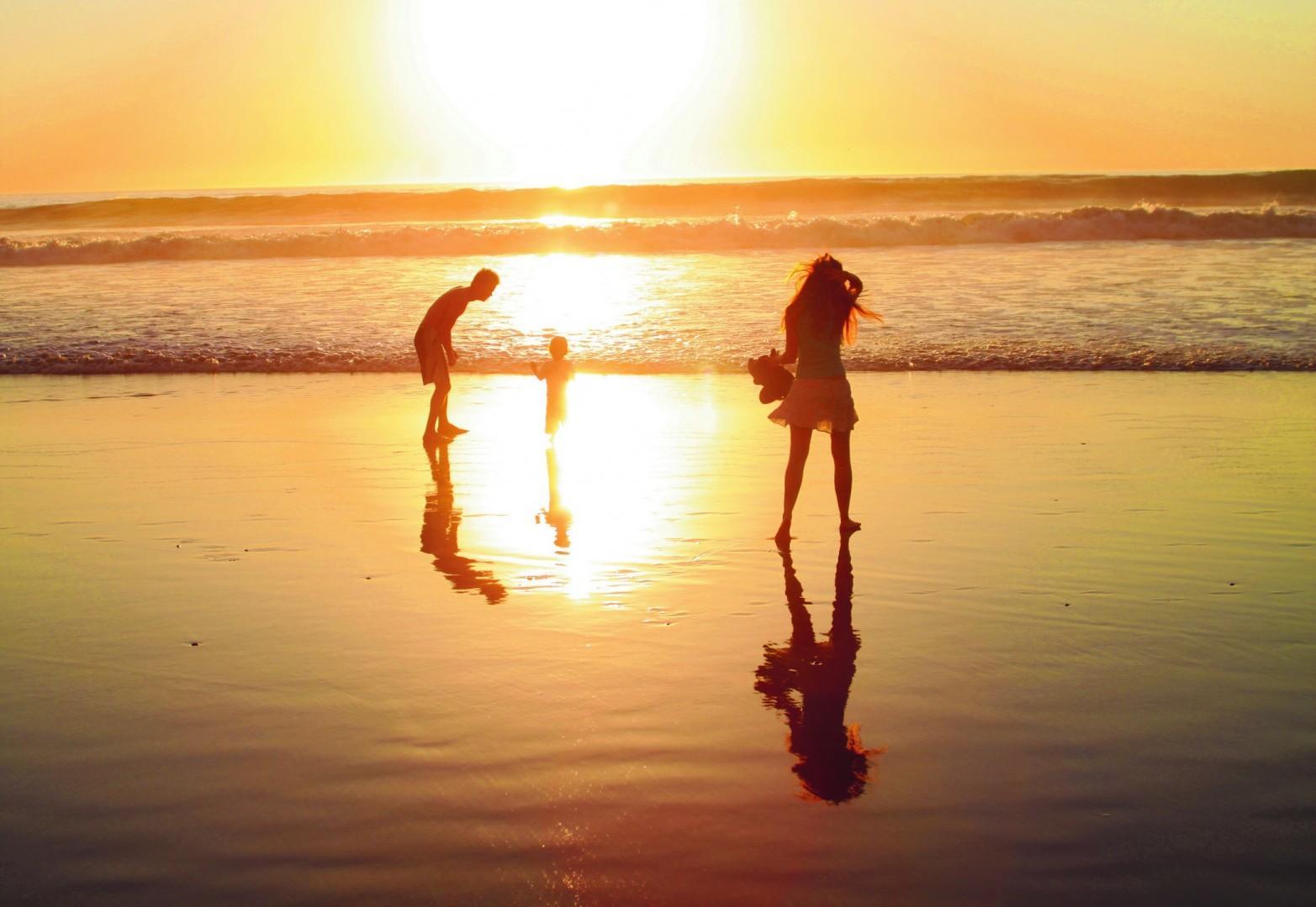 North_Coastal_Family_sunset_SDTA
