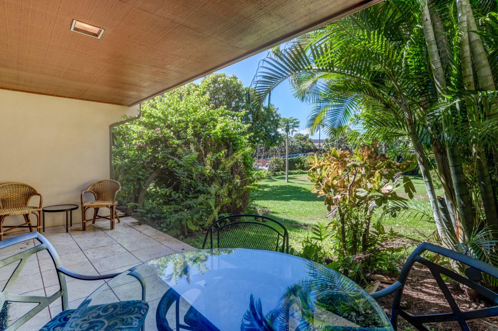 Lanai table & chairs to enjoy meals outside