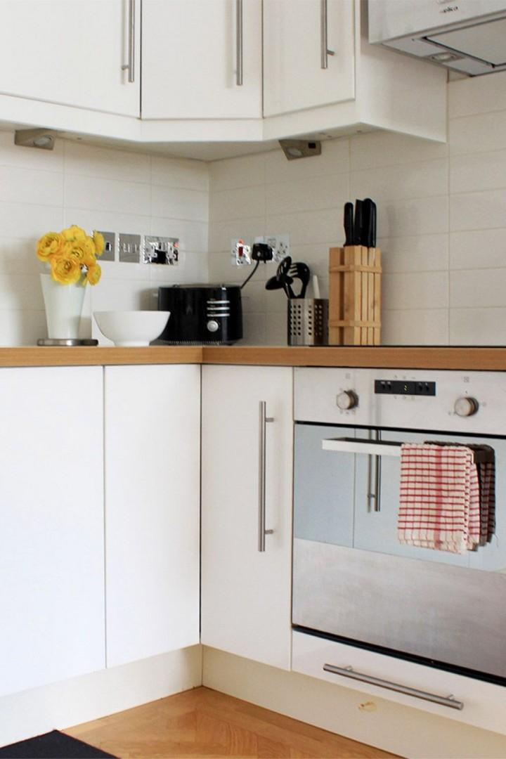 The kitchen is fully equipped with everything you need!