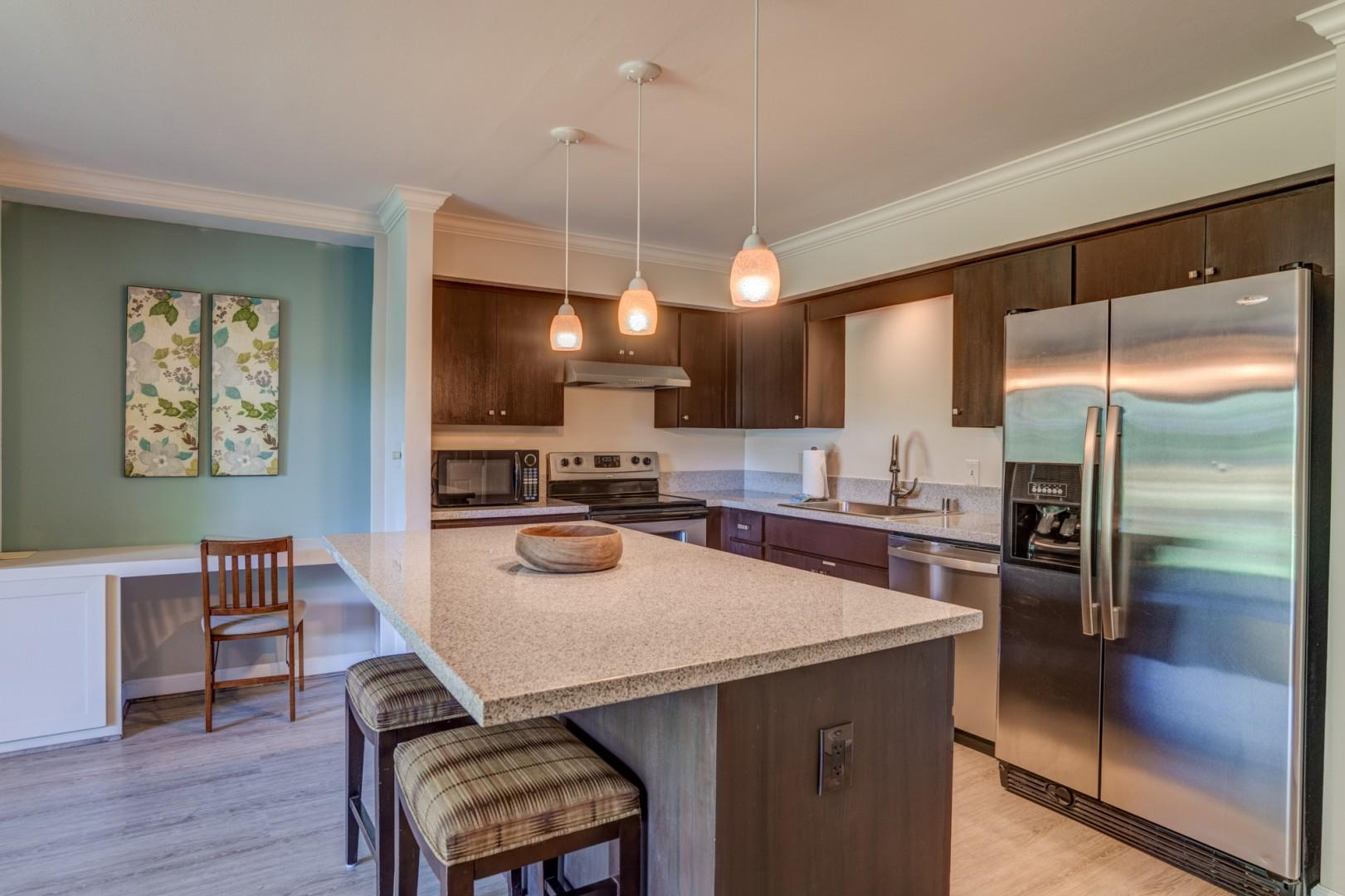 Relaxed Hawaiiana Open Kitchen directly across from the beach